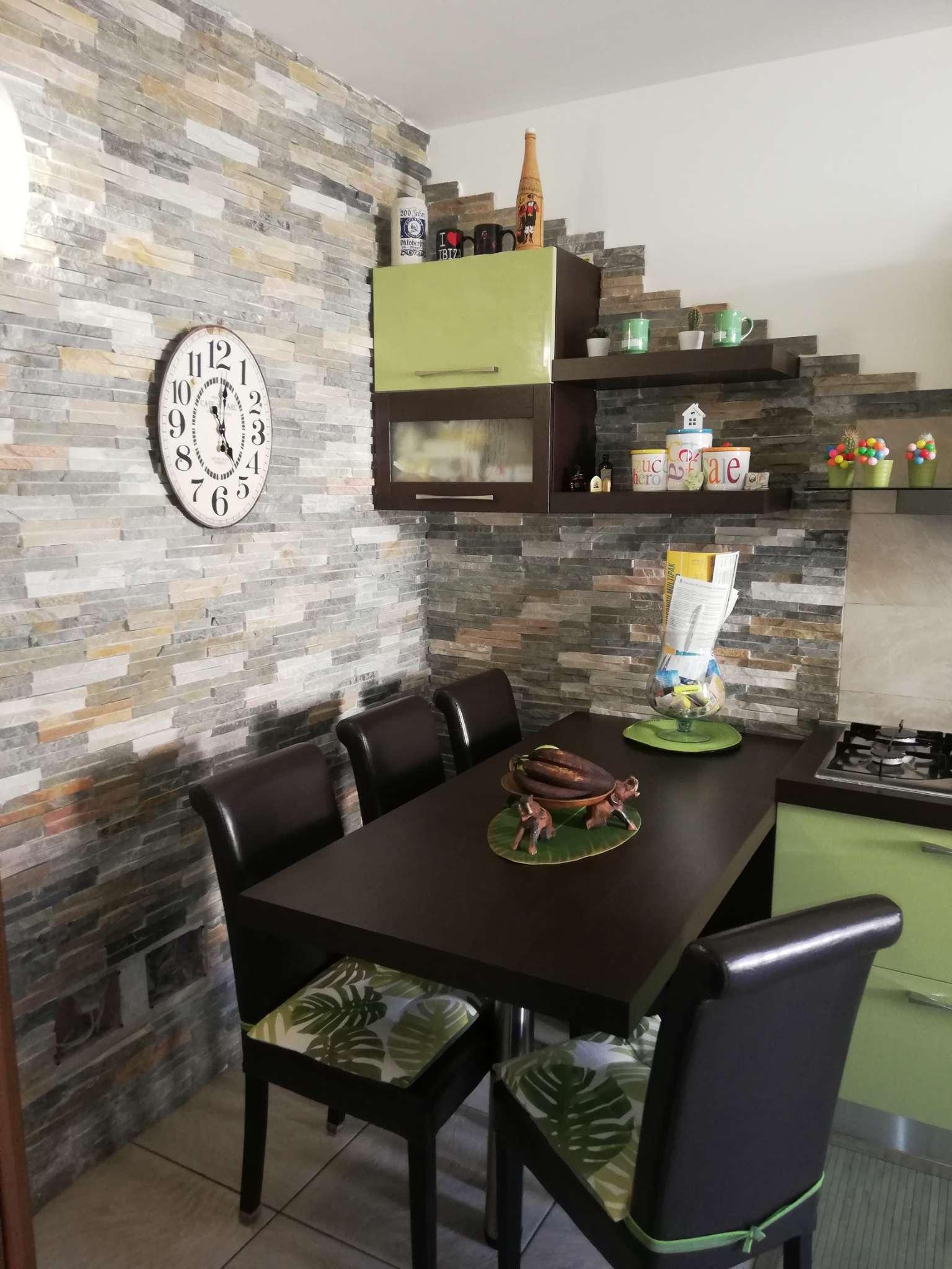 Appartamento in vendita a Cavenago di Brianza, 3 locali, prezzo € 163.000 | PortaleAgenzieImmobiliari.it