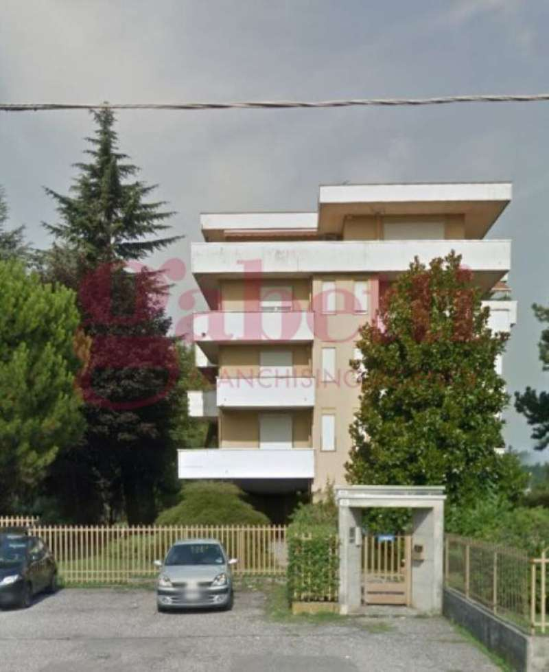 Ufficio / Studio in vendita a Gallarate, 4 locali, prezzo € 160.000 | CambioCasa.it