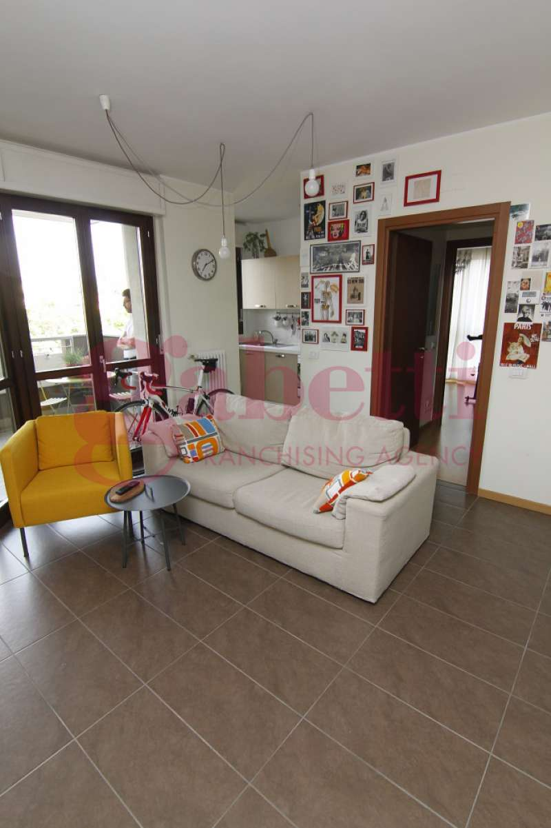 Appartamento in affitto a Gallarate, 2 locali, prezzo € 620 | CambioCasa.it