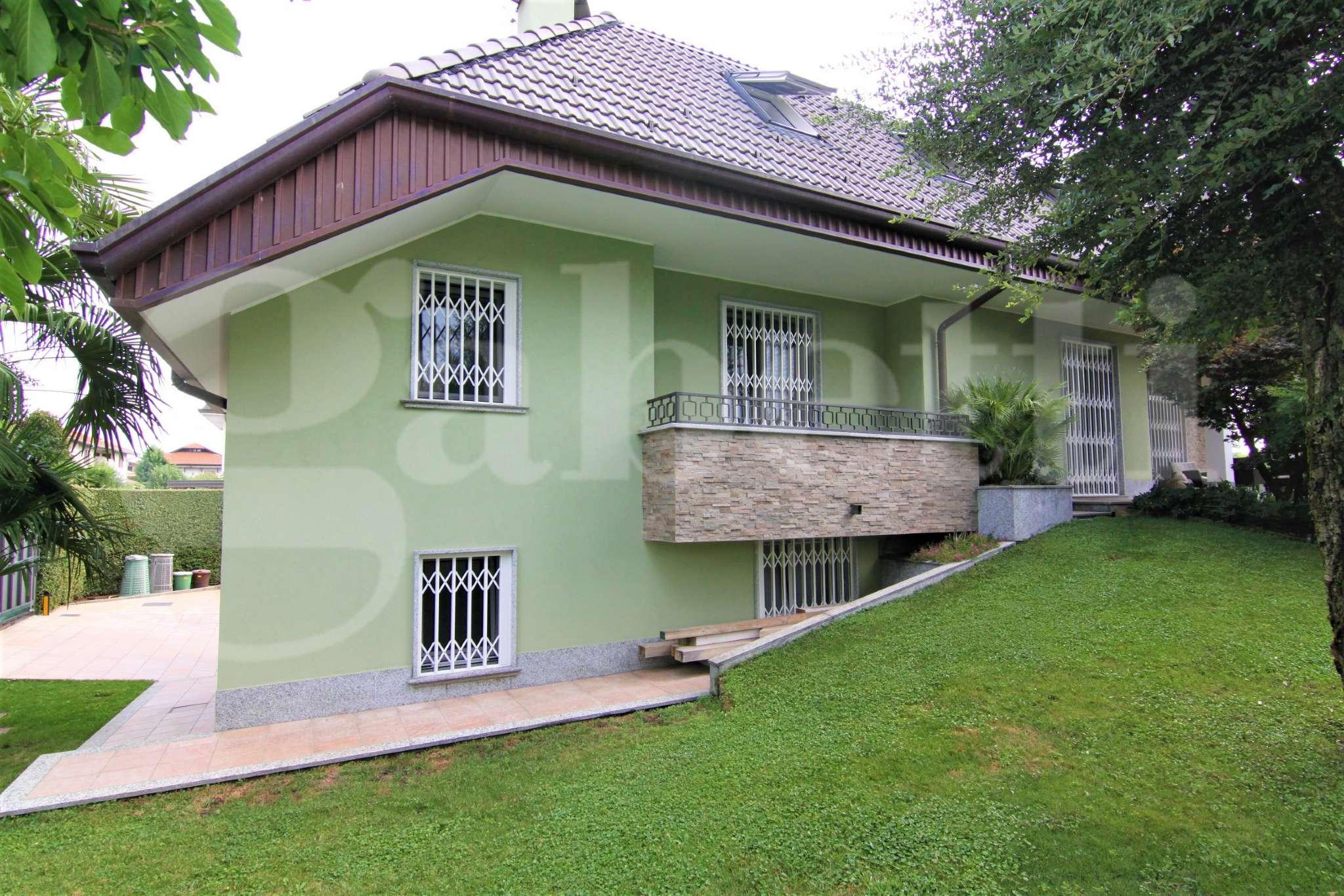Villa in vendita a Magnago, 6 locali, prezzo € 635.000 | CambioCasa.it