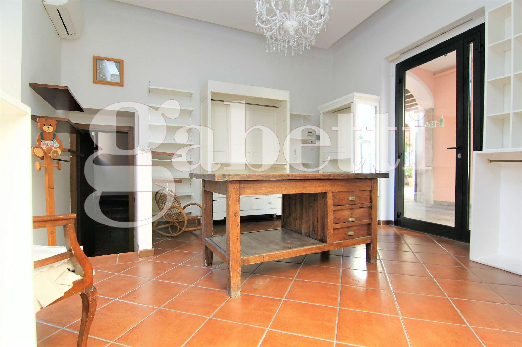 Negozio / Locale in affitto a Busto Arsizio, 1 locali, prezzo € 400 | CambioCasa.it