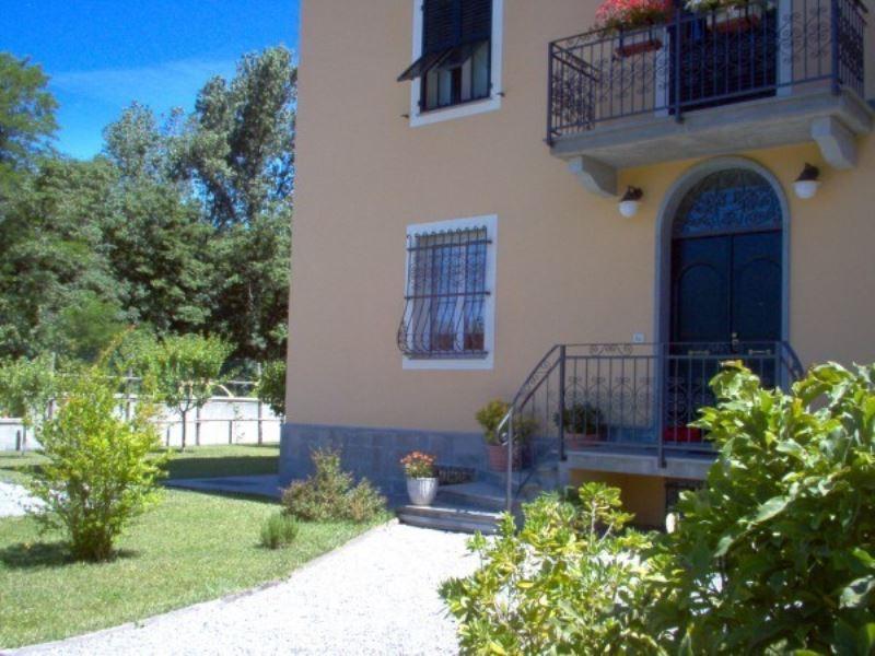 Villa in vendita a Busalla, 12 locali, prezzo € 350.000 | CambioCasa.it