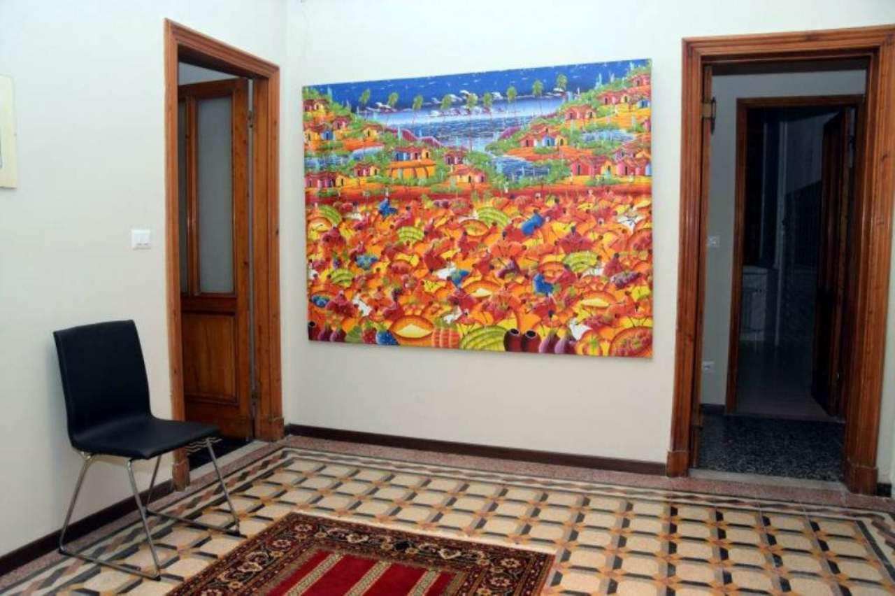 Appartamento in vendita a Chiavari, 9 locali, prezzo € 350.000 | PortaleAgenzieImmobiliari.it