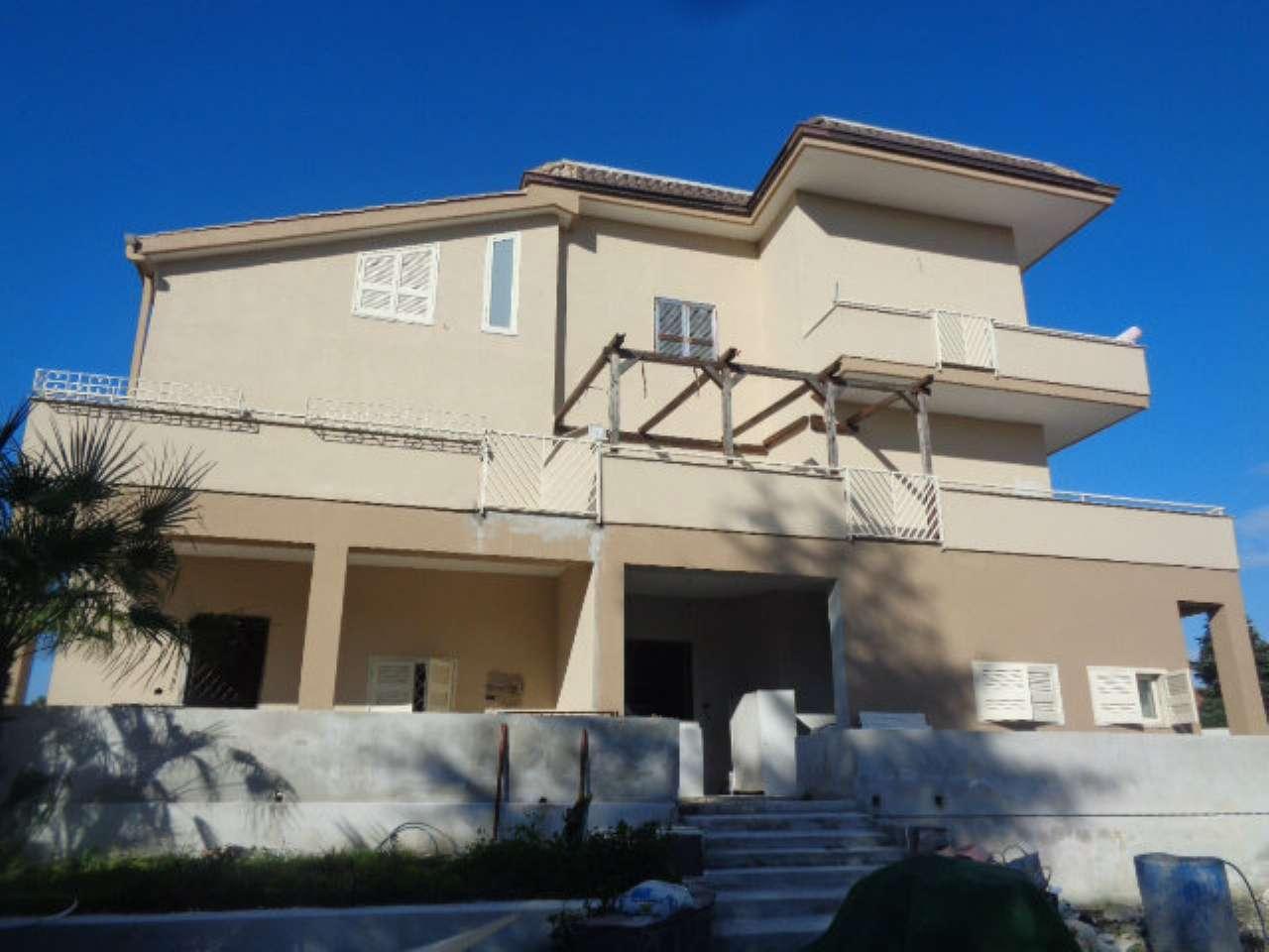 Appartamento in affitto a Giugliano in Campania, 3 locali, prezzo € 550   CambioCasa.it