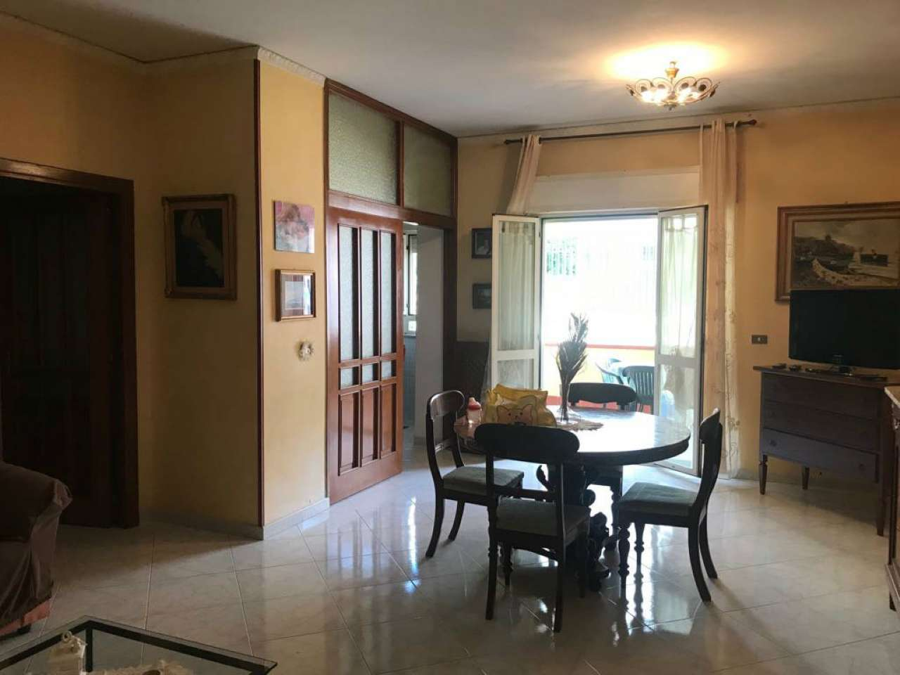 Appartamento in buone condizioni in vendita Rif. 7098136