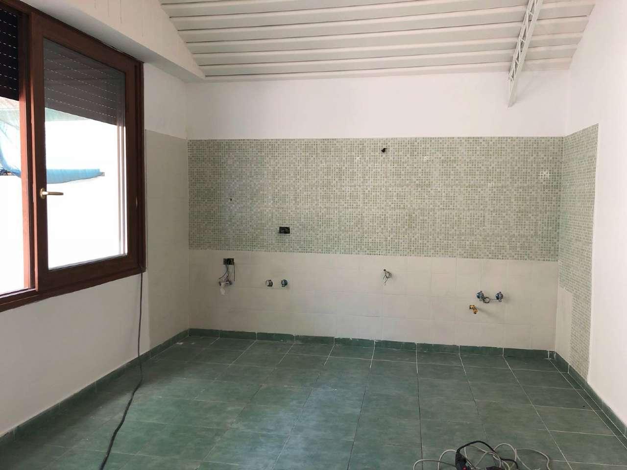 Appartamento in ottime condizioni in affitto Rif. 7284038