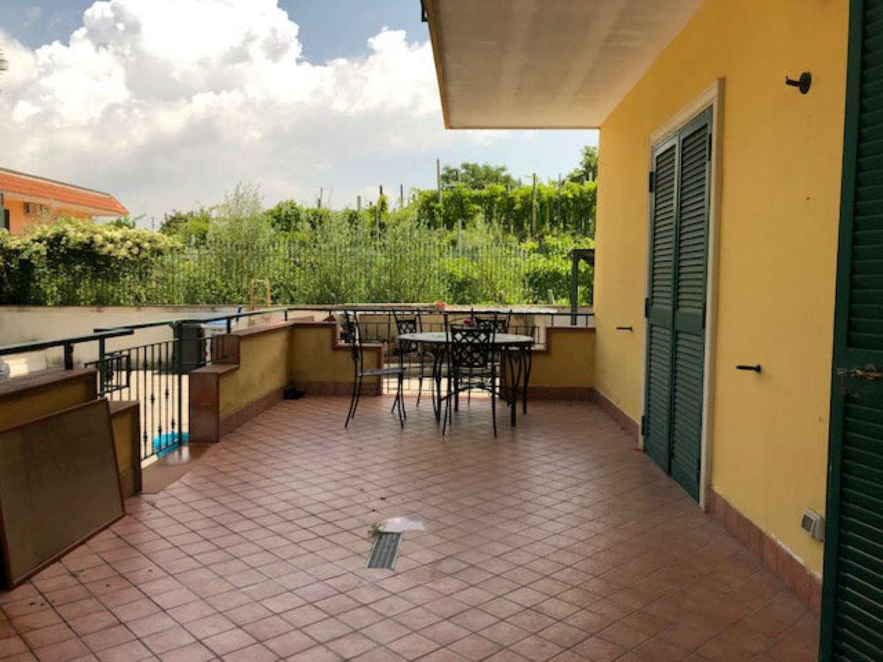 Appartamento in buone condizioni parzialmente arredato in affitto Rif. 7284039