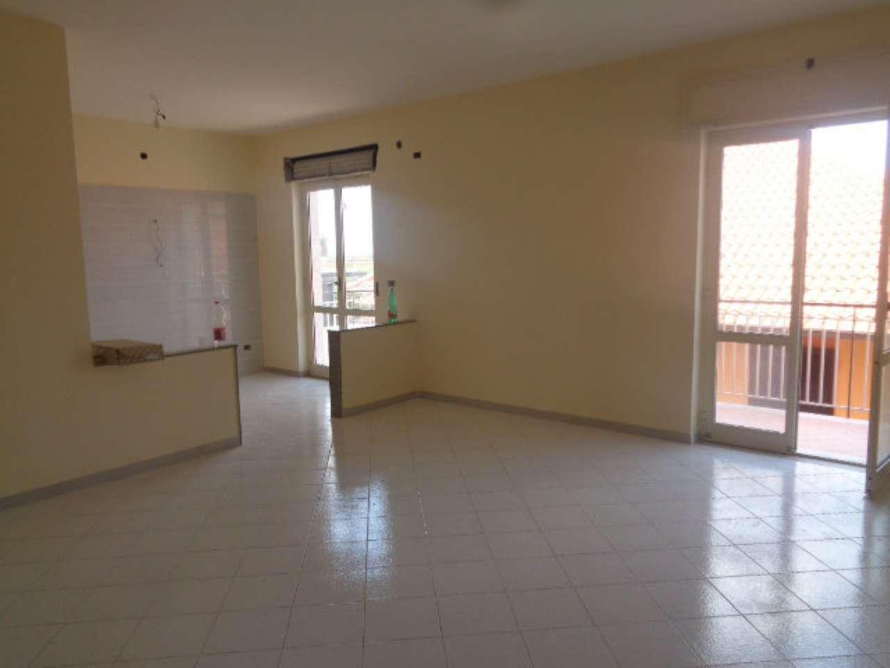 Appartamento in buone condizioni in affitto Rif. 7284041