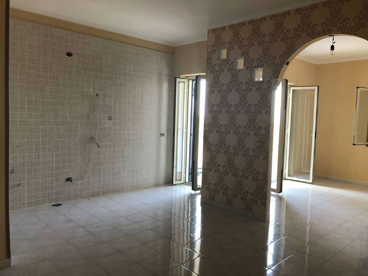 Appartamento in buone condizioni in affitto Rif. 7706570