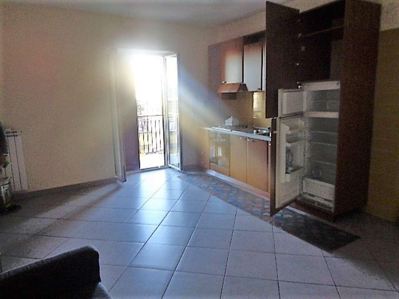 Appartamento in buone condizioni arredato in affitto Rif. 8551274