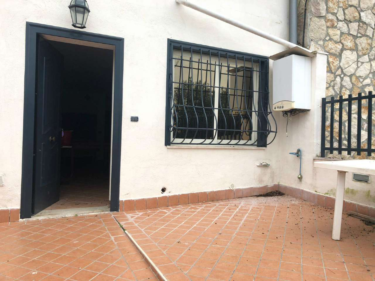 Trilocale Indipendente Arredato Con Terrazzo a Livello - Via Barco