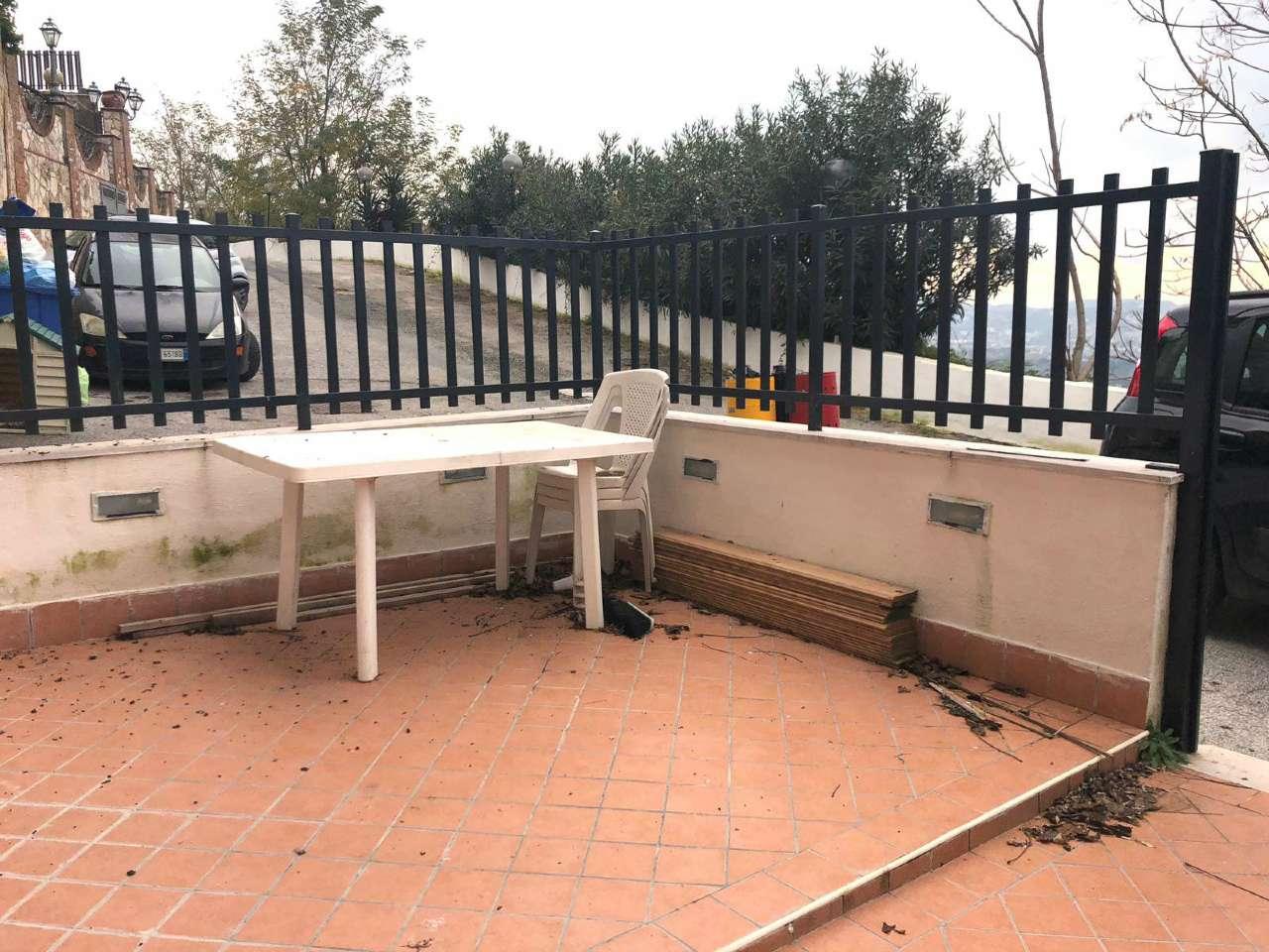 Bilocale Arredato con terrazzo - Via Barco
