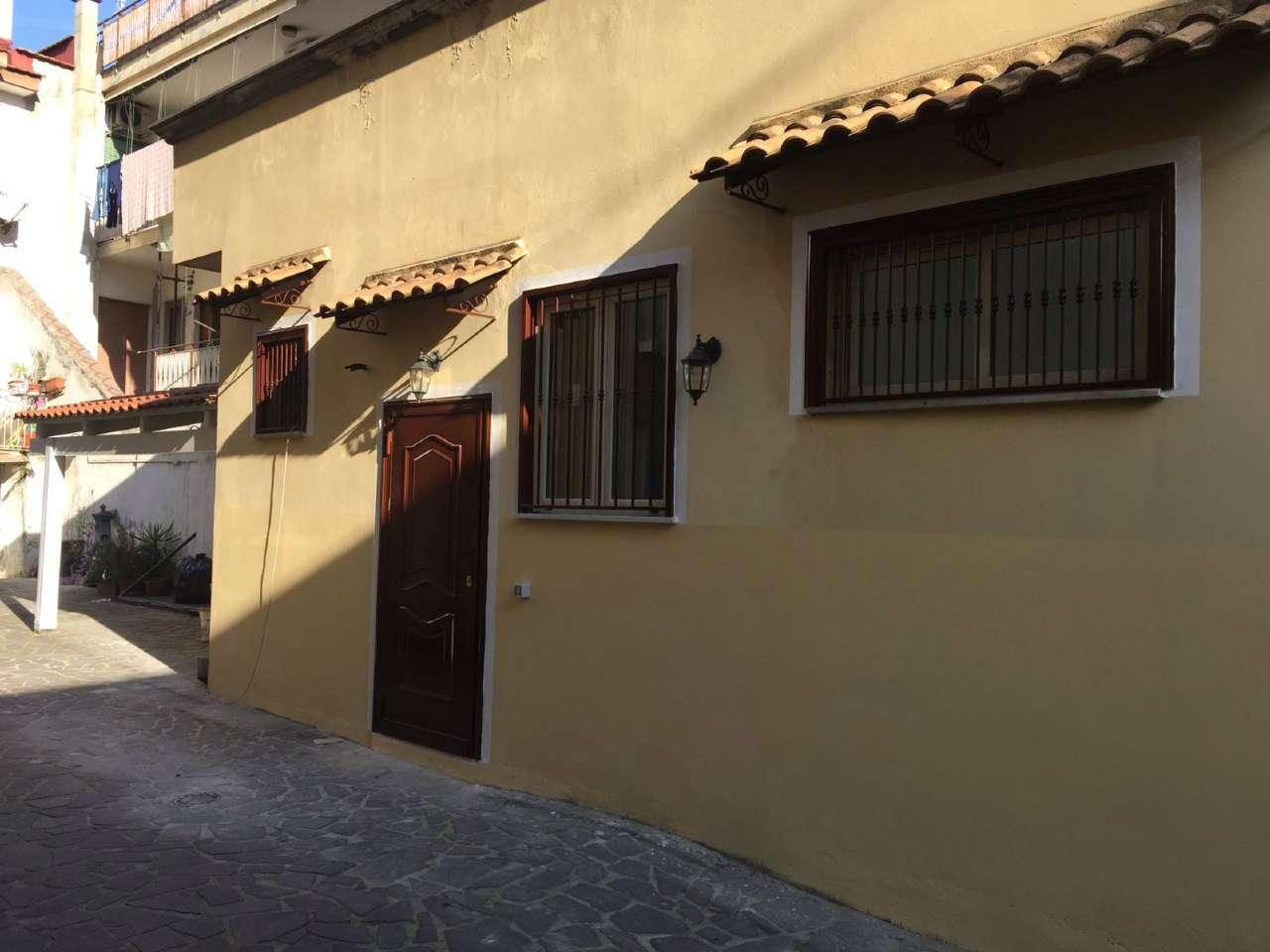 Bilocale Arredato in Affitto - Via Conte Mirabelli