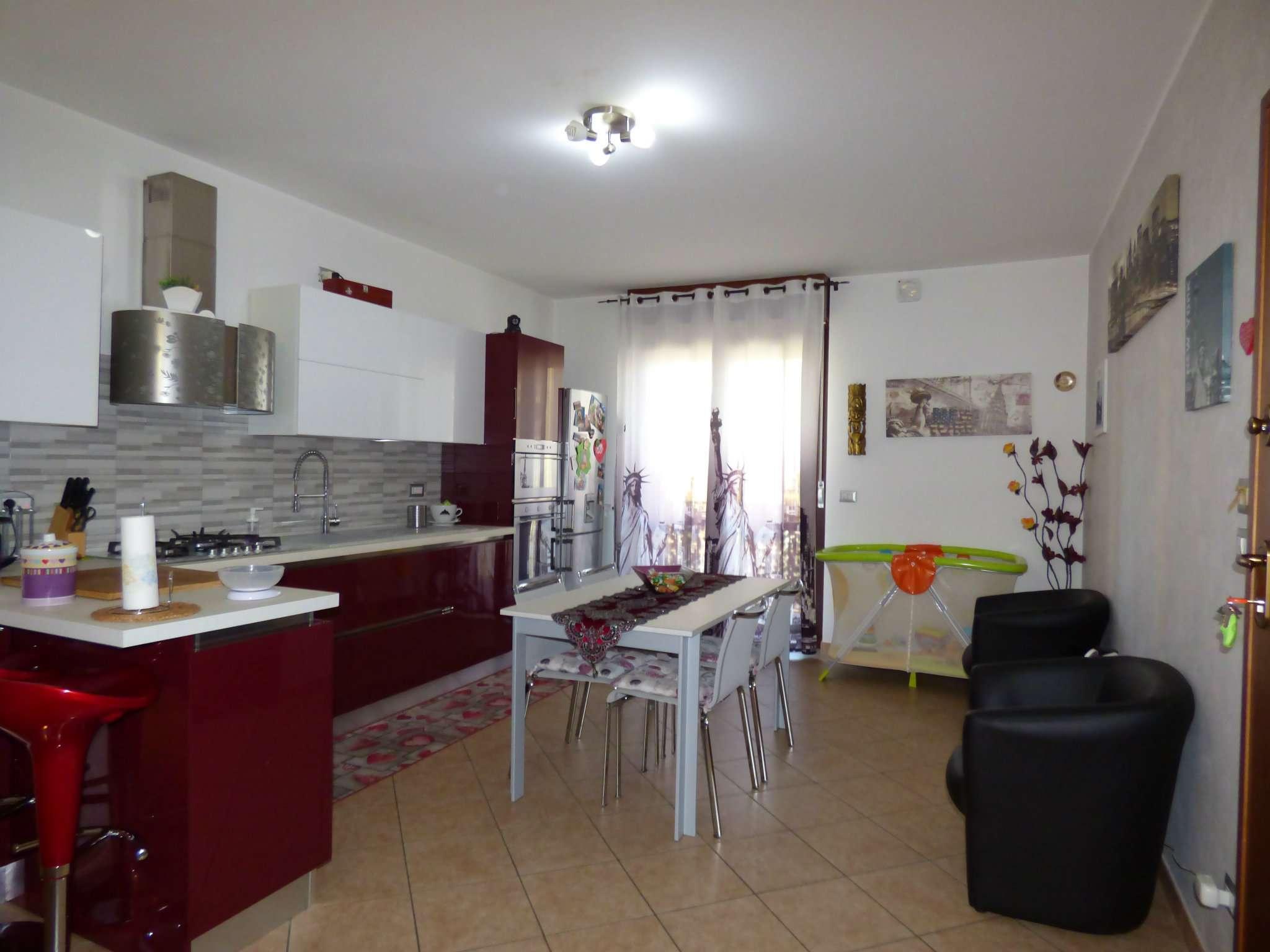 Appartamento in ottime condizioni parzialmente arredato in vendita Rif. 6128095