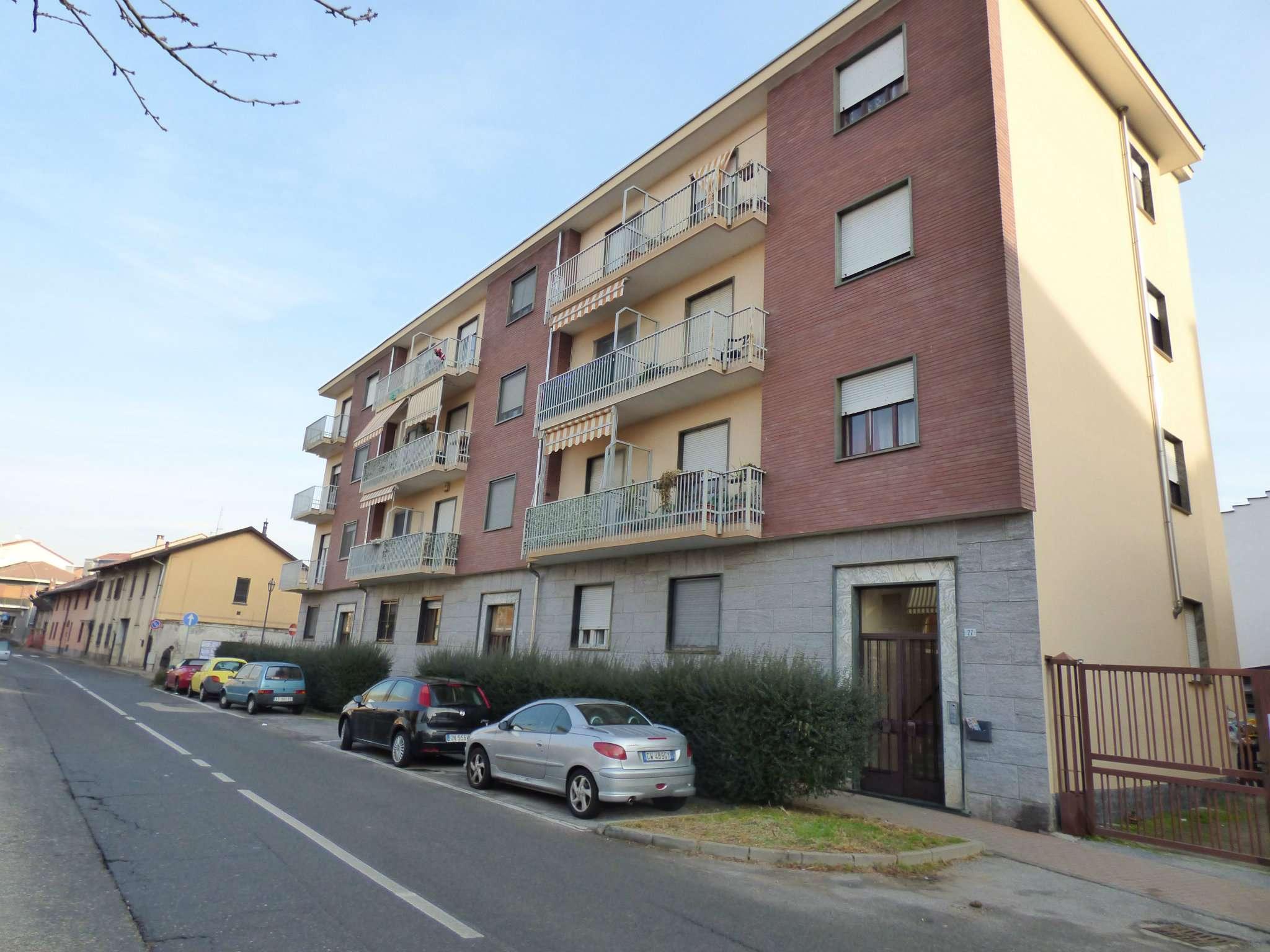 Foto 1 di Trilocale Via Torino, Borgaro Torinese