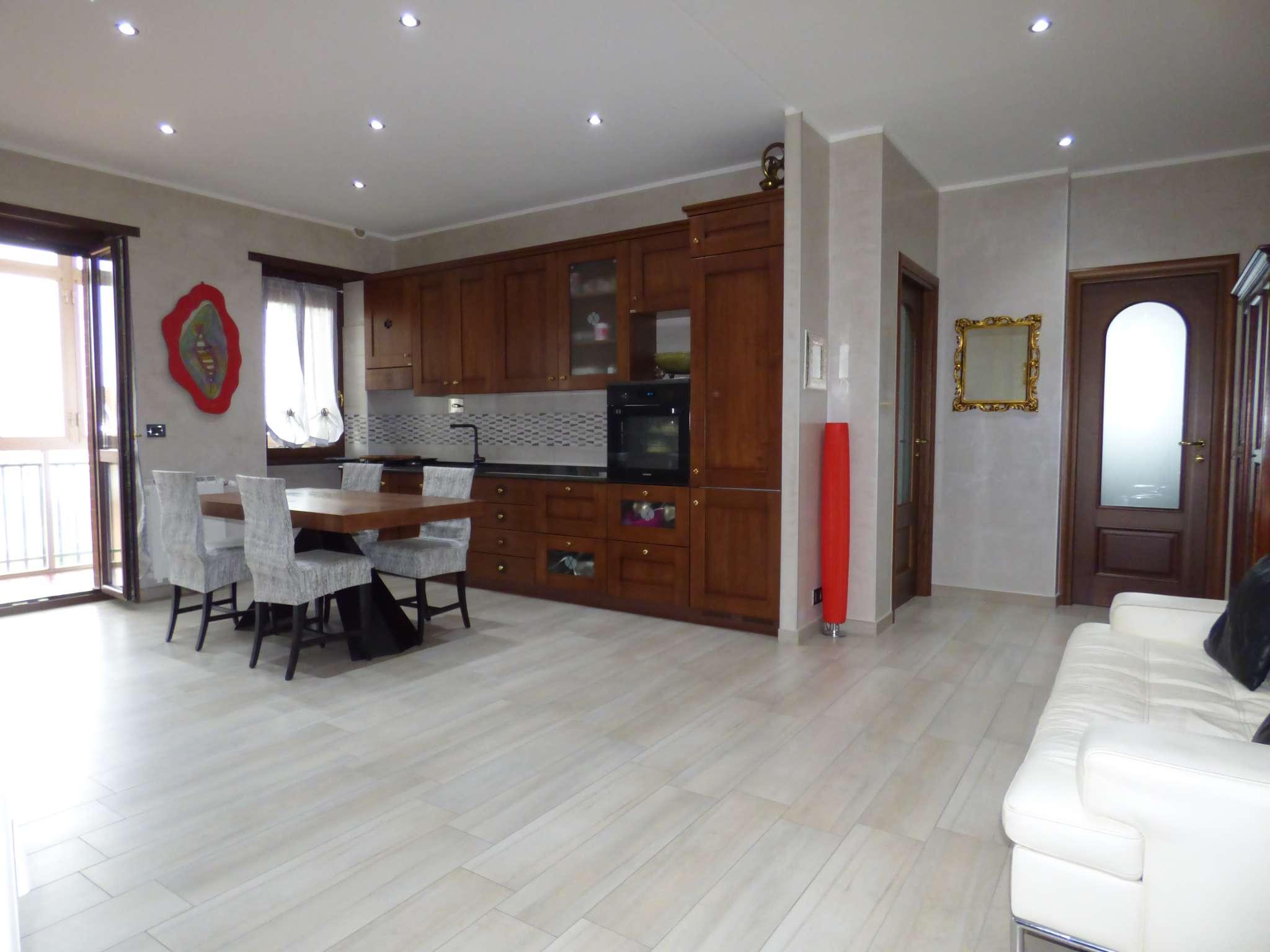 Appartamento in vendita a Borgaro Torinese, 3 locali, prezzo € 168.000   CambioCasa.it