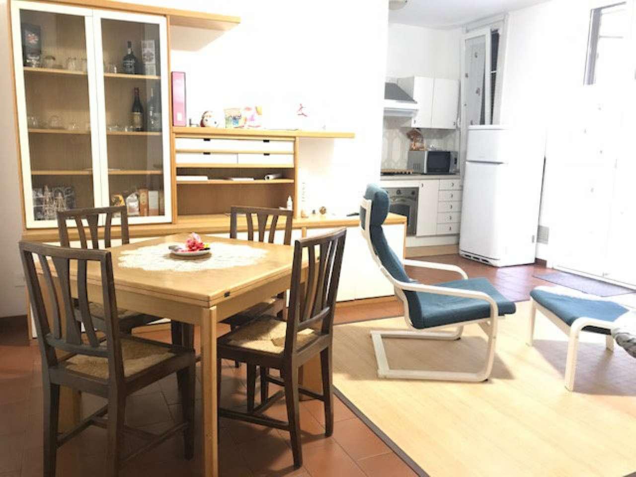 Appartamento in buone condizioni arredato in affitto Rif. 7933678