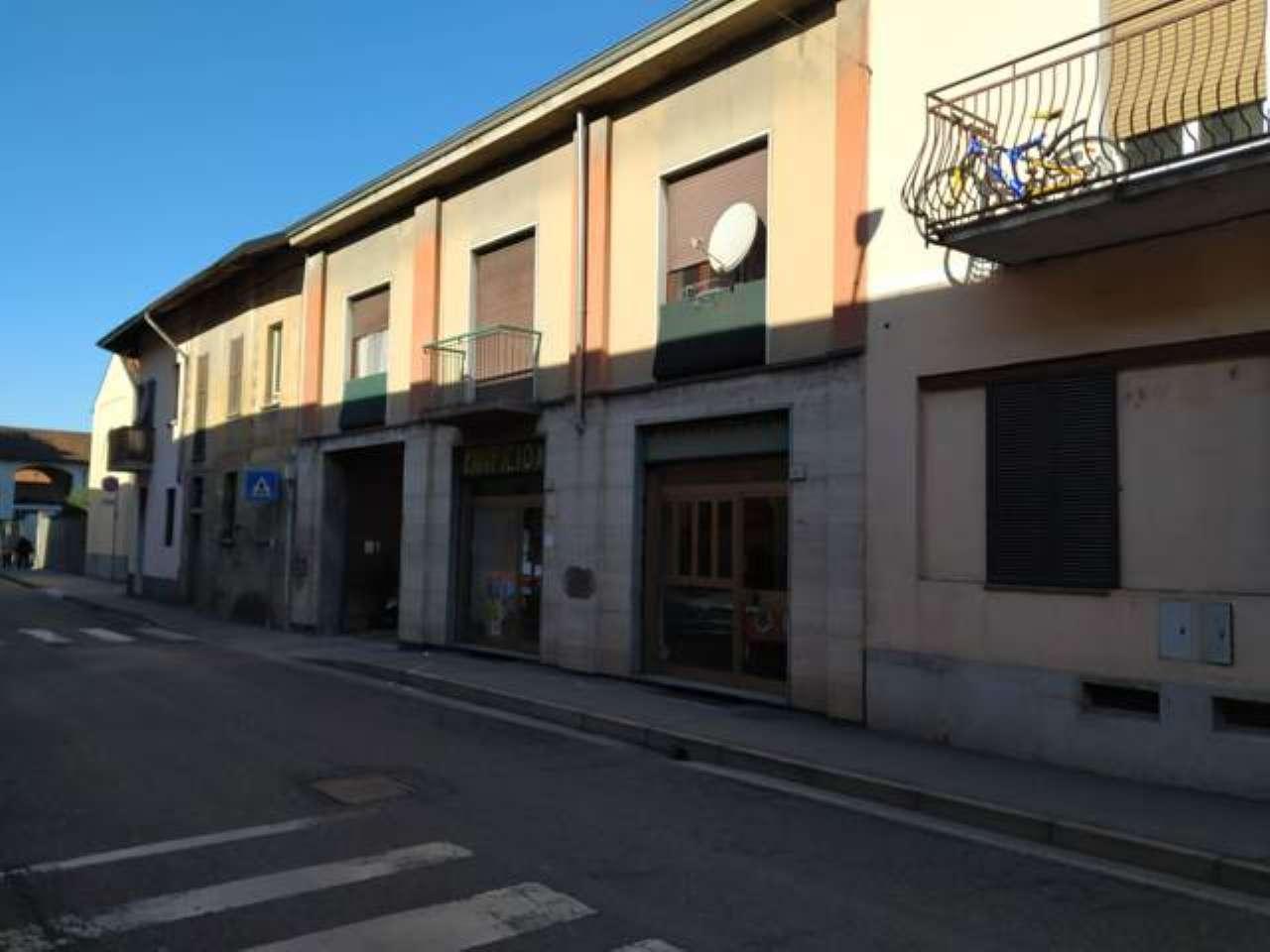 Attività / Licenza in vendita a Rho, 4 locali, prezzo € 15.000 | CambioCasa.it