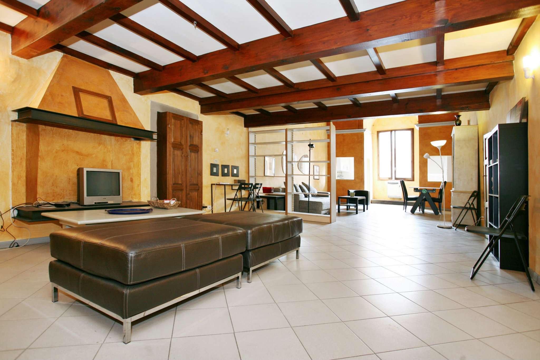 Appartamento in ottime condizioni in affitto Rif. 8595122