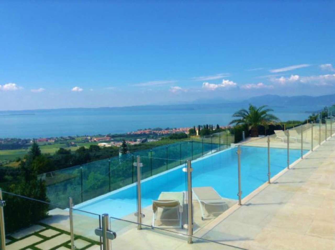 Villa in vendita a Cavaion Veronese, 6 locali, Trattative riservate | CambioCasa.it