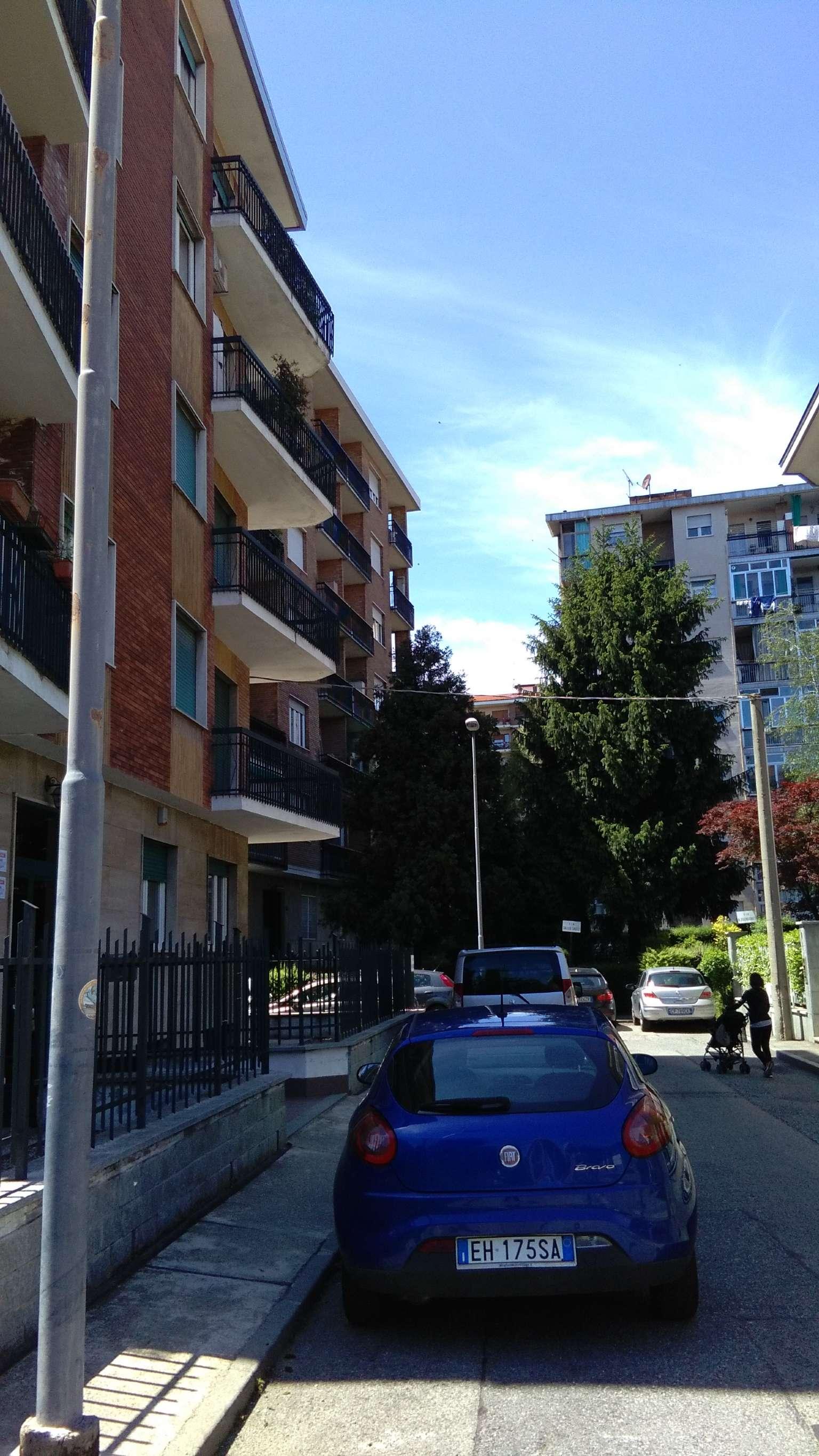 Appartamento in vendita a Collegno, 2 locali, prezzo € 80.000 | CambioCasa.it
