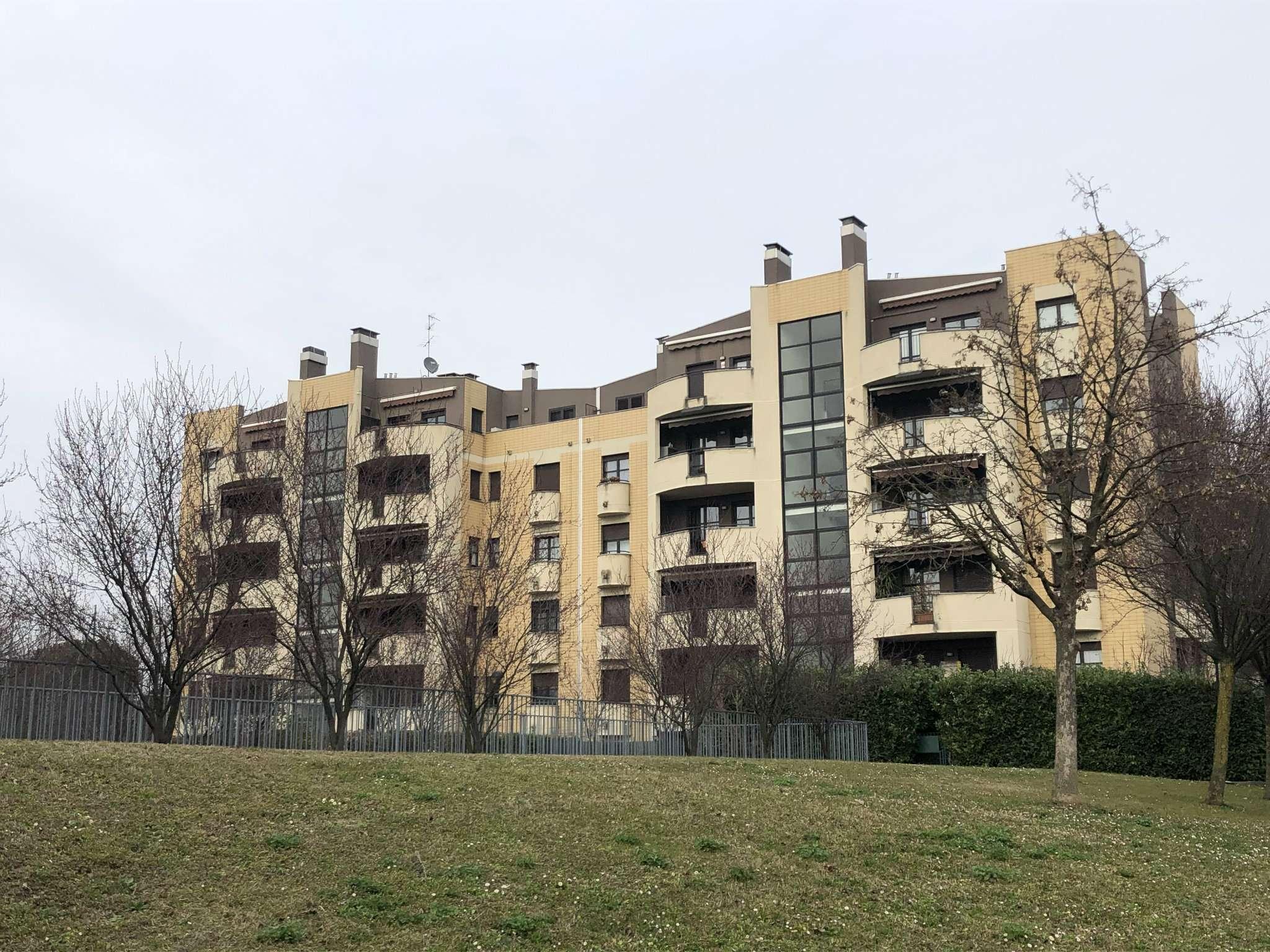 Appartamento in vendita a Muggiò, 3 locali, prezzo € 165.000 | PortaleAgenzieImmobiliari.it