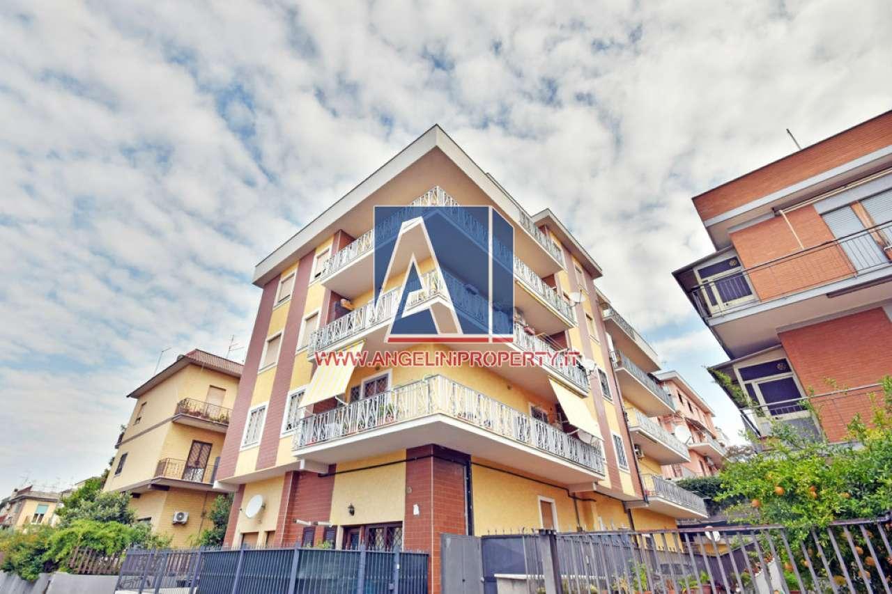 Attico / Mansarda in vendita a Roma, 3 locali, zona Zona: 36 . Finocchio, Torre Gaia, Tor Vergata, Borghesiana, prezzo € 149.000 | CambioCasa.it