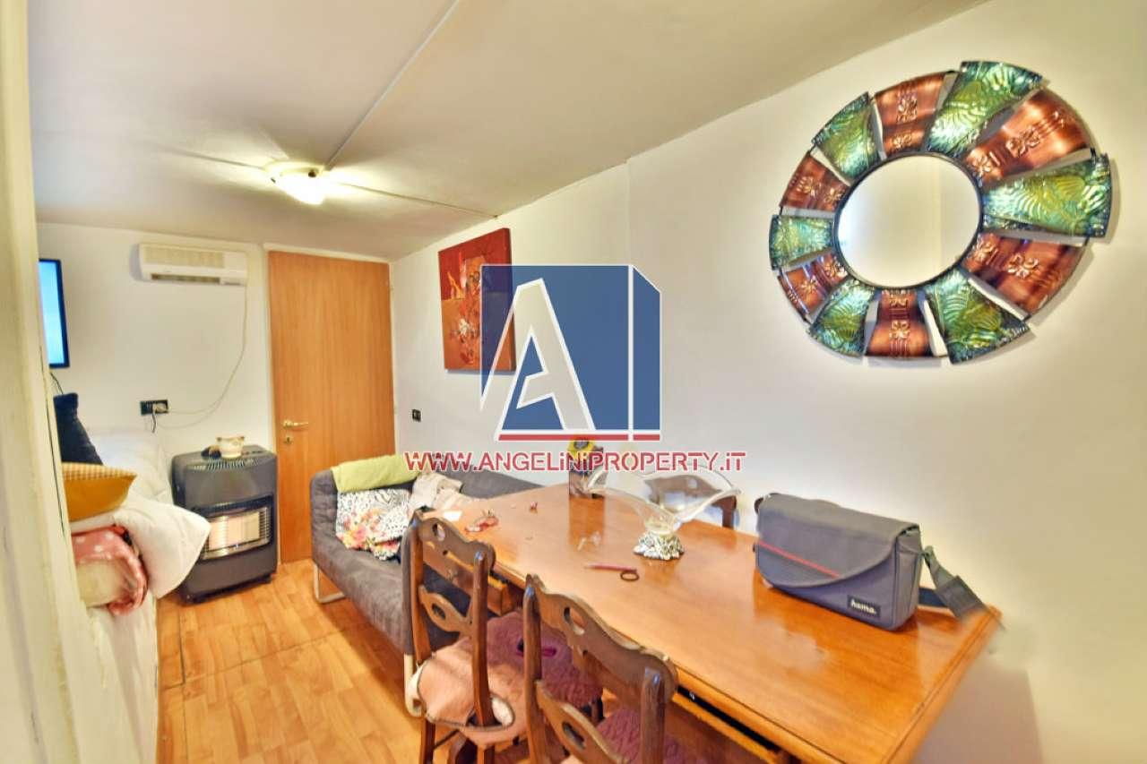 Appartamento in vendita a Roma, 2 locali, zona Zona: 28 . Torrevecchia - Pineta Sacchetti - Ottavia, prezzo € 49.000 | CambioCasa.it