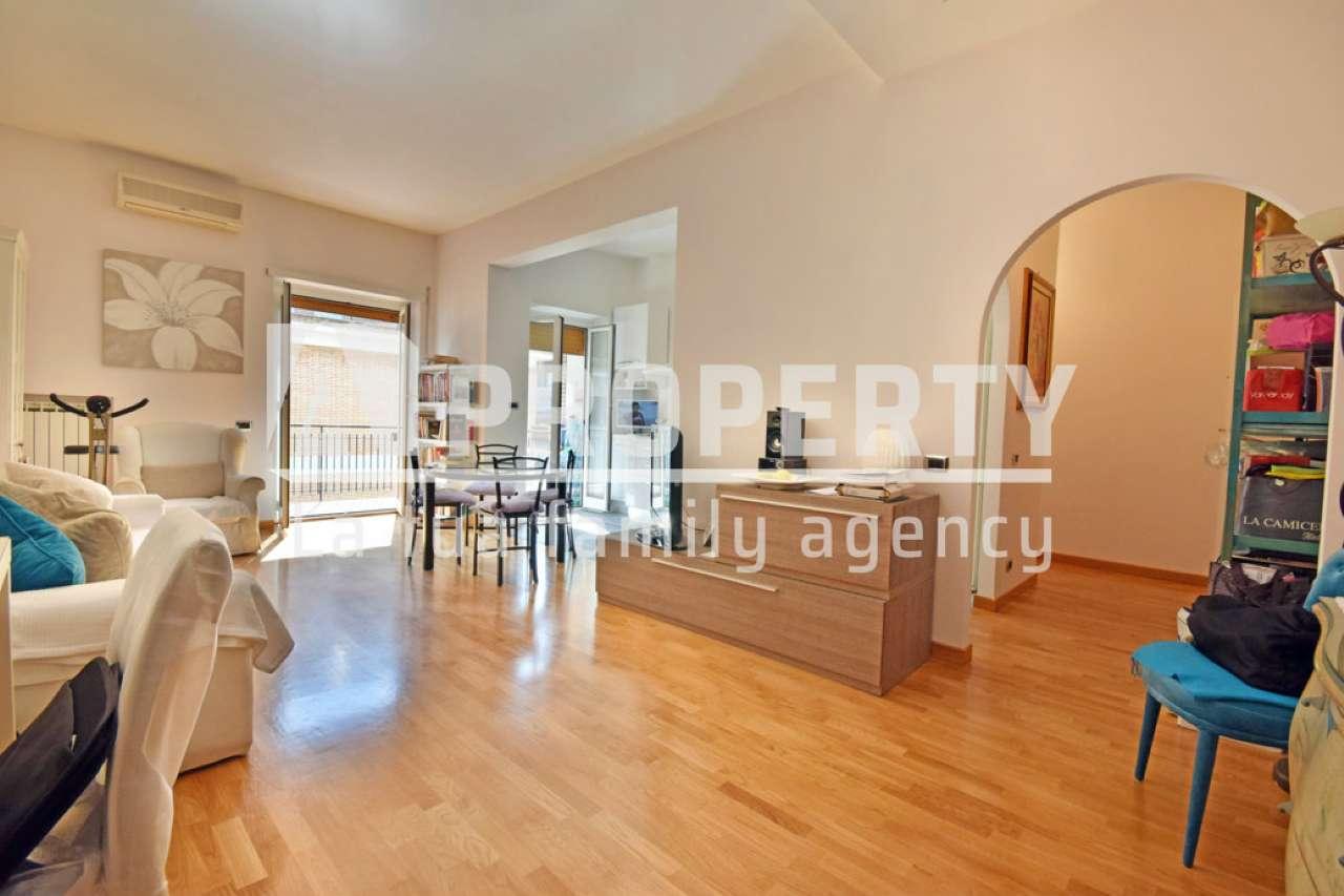 Appartamento in vendita a Roma, 3 locali, zona Zona: 23 . Portuense - Magliana, prezzo € 339.000   CambioCasa.it