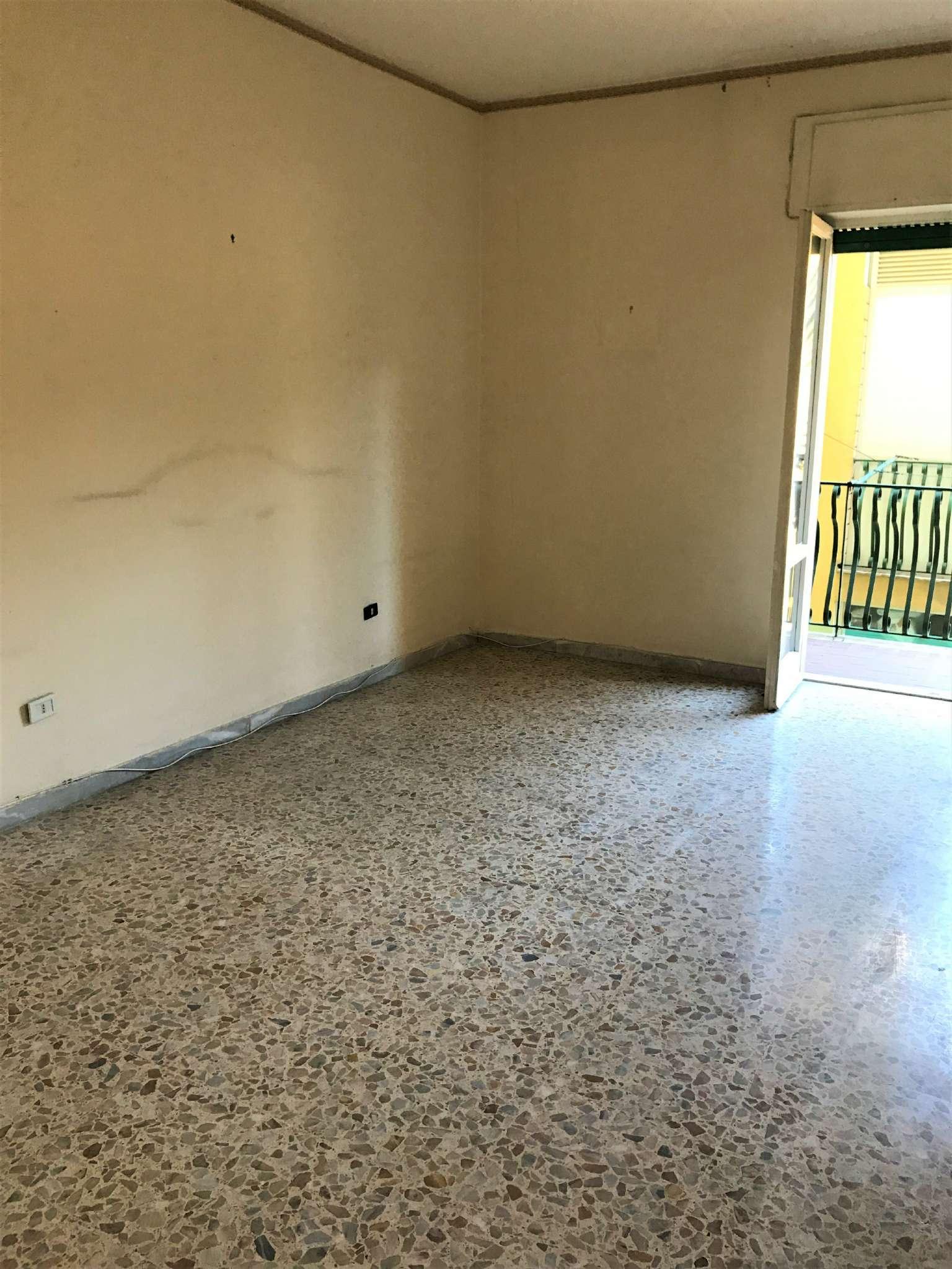 Appartamento da ristrutturare in vendita Rif. 7124768