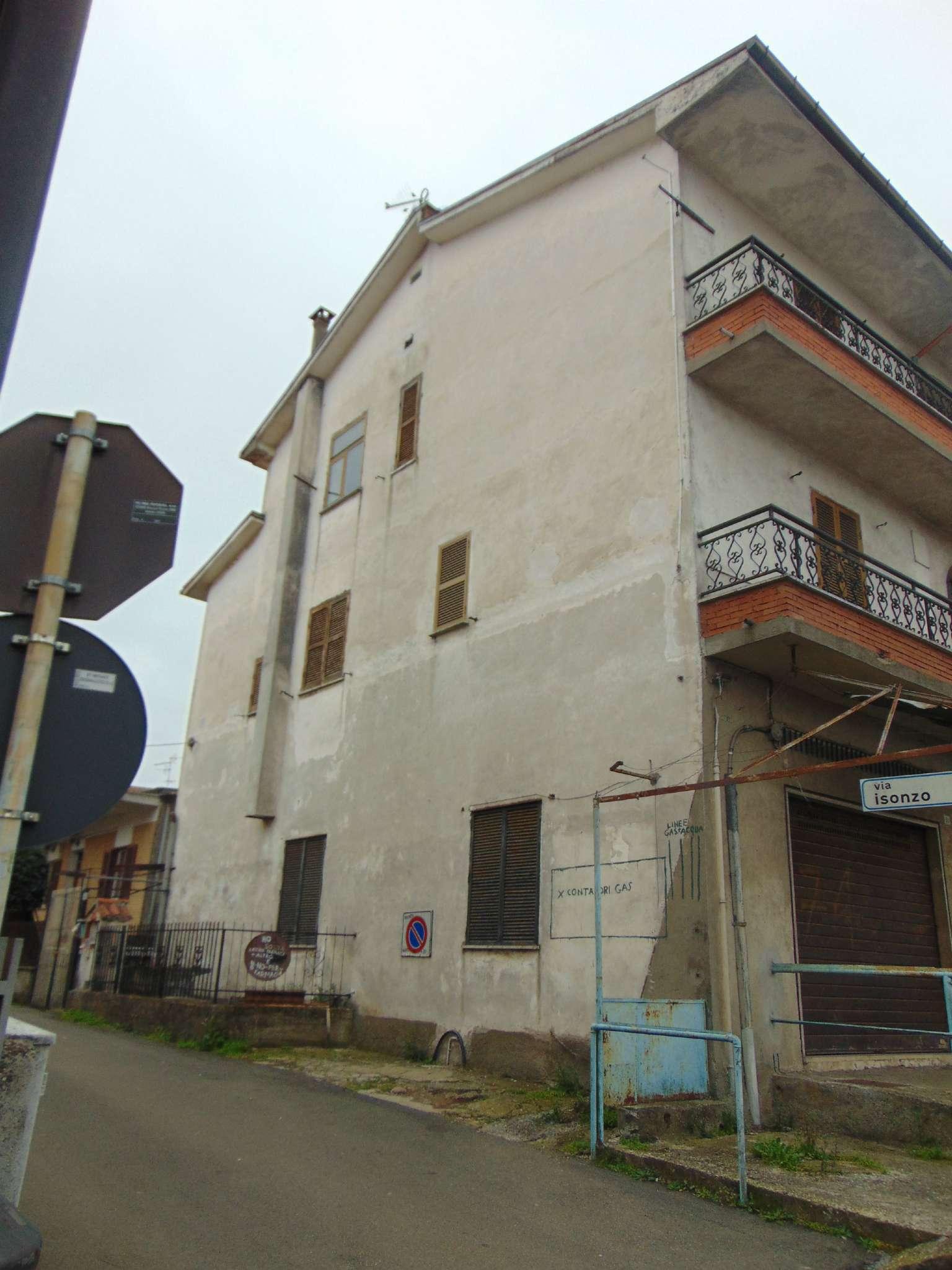 Appartamento in buone condizioni arredato in affitto Rif. 6610532