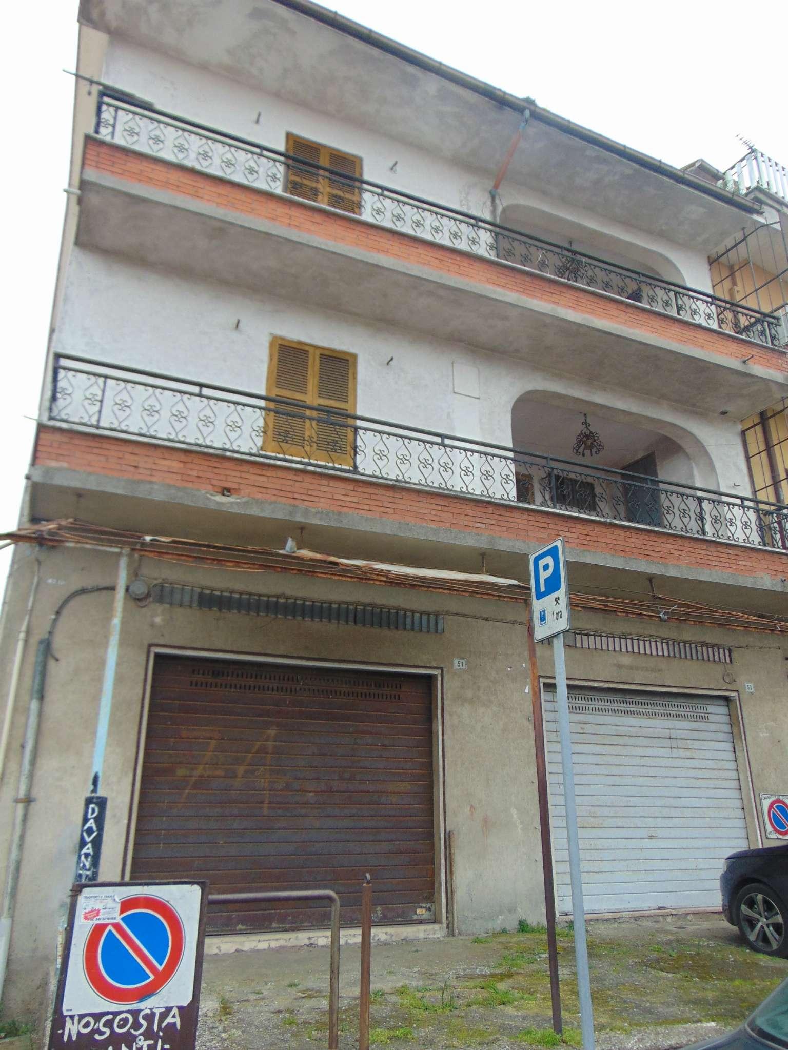 Appartamento in buone condizioni parzialmente arredato in affitto Rif. 7061170