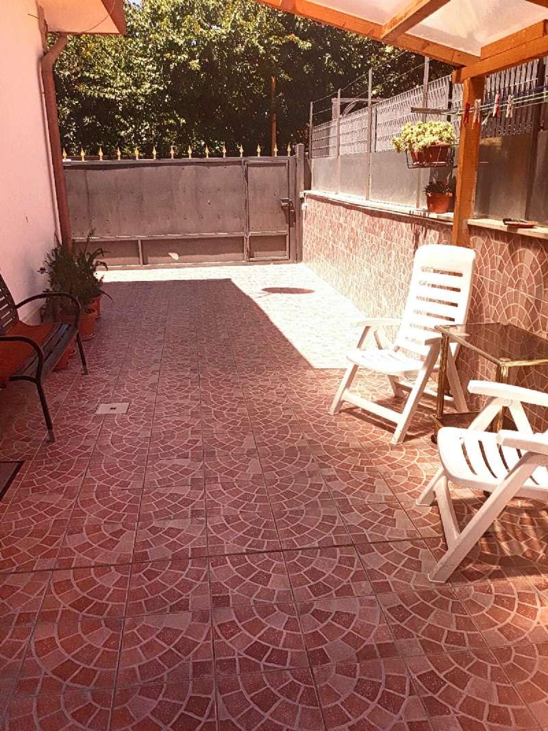 Appartamento in ottime condizioni parzialmente arredato in affitto Rif. 7163908