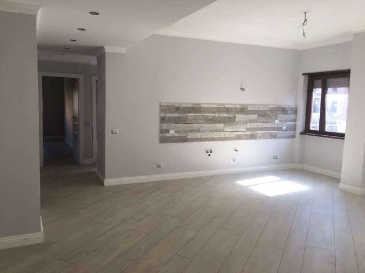 Appartamento in vendita a Roma, 3 locali, zona Zona: 11 . Centocelle, Alessandrino, Collatino, Prenestina, Villa Giordani, prezzo € 269.000 | CambioCasa.it