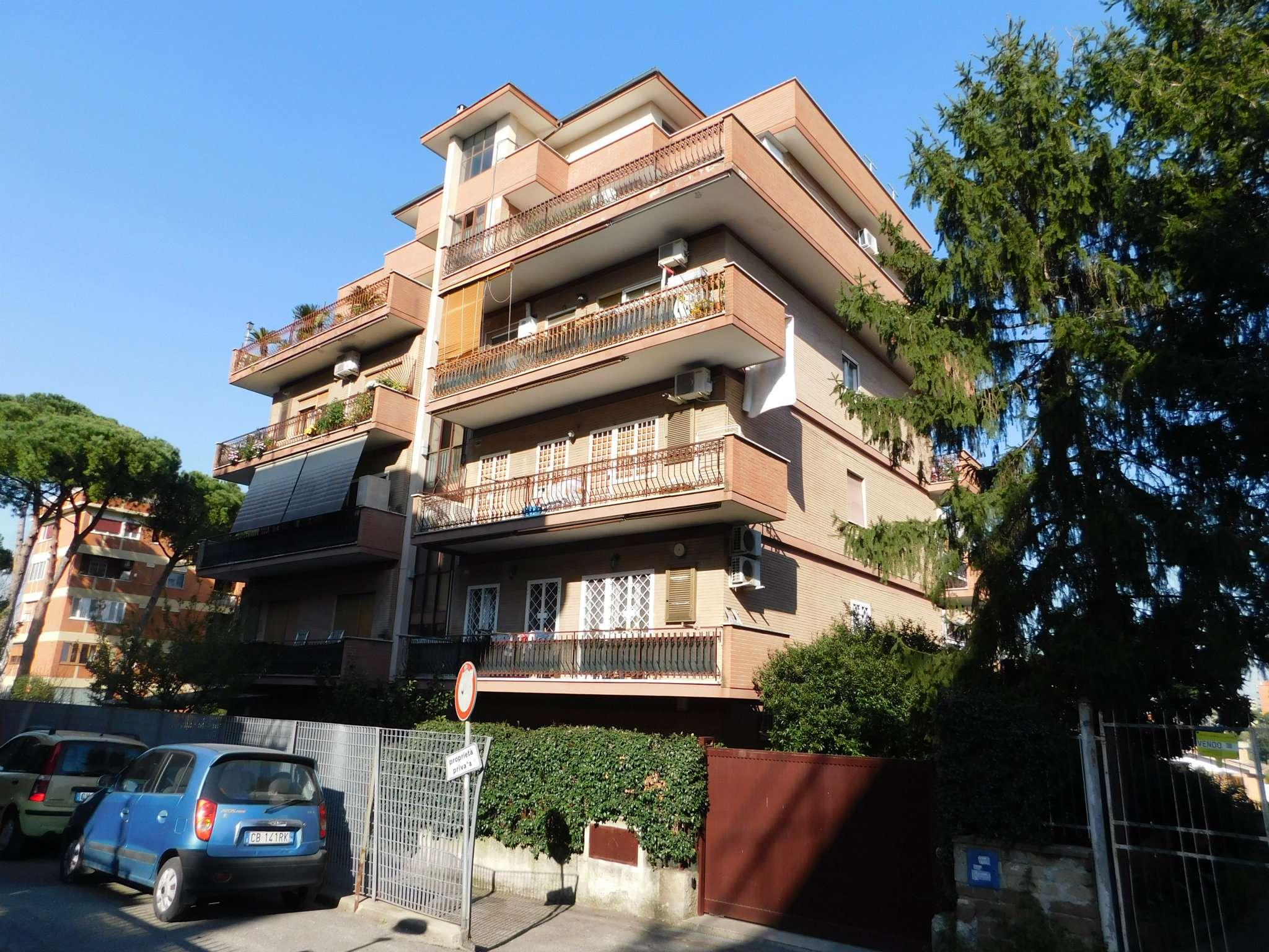 Attico / Mansarda in vendita a Roma, 3 locali, zona Zona: 11 . Centocelle, Alessandrino, Collatino, Prenestina, Villa Giordani, prezzo € 240.000 | CambioCasa.it