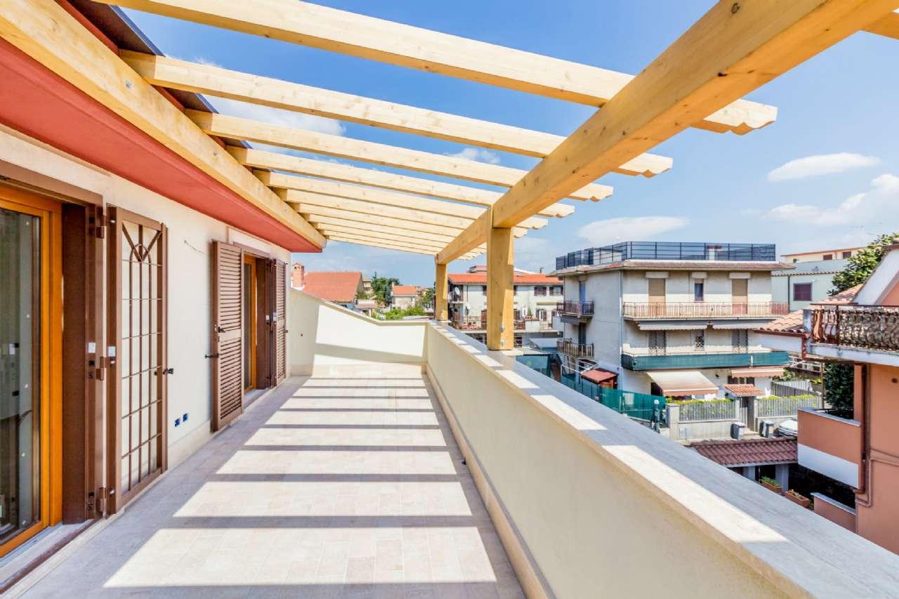 Appartamento in vendita a Ciampino, 3 locali, prezzo € 235.000   CambioCasa.it