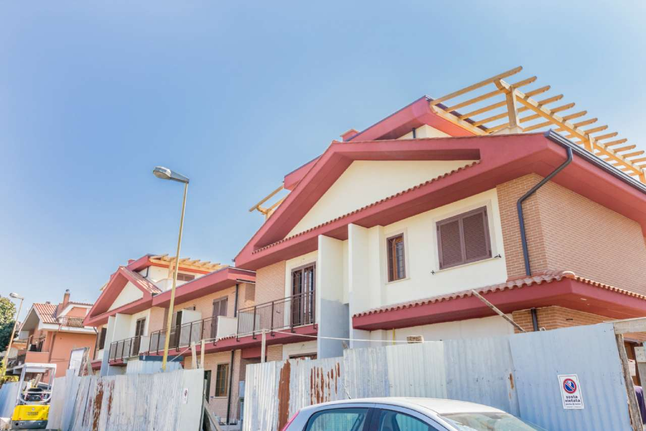 Appartamento in vendita a Ciampino, 3 locali, prezzo € 269.000   CambioCasa.it