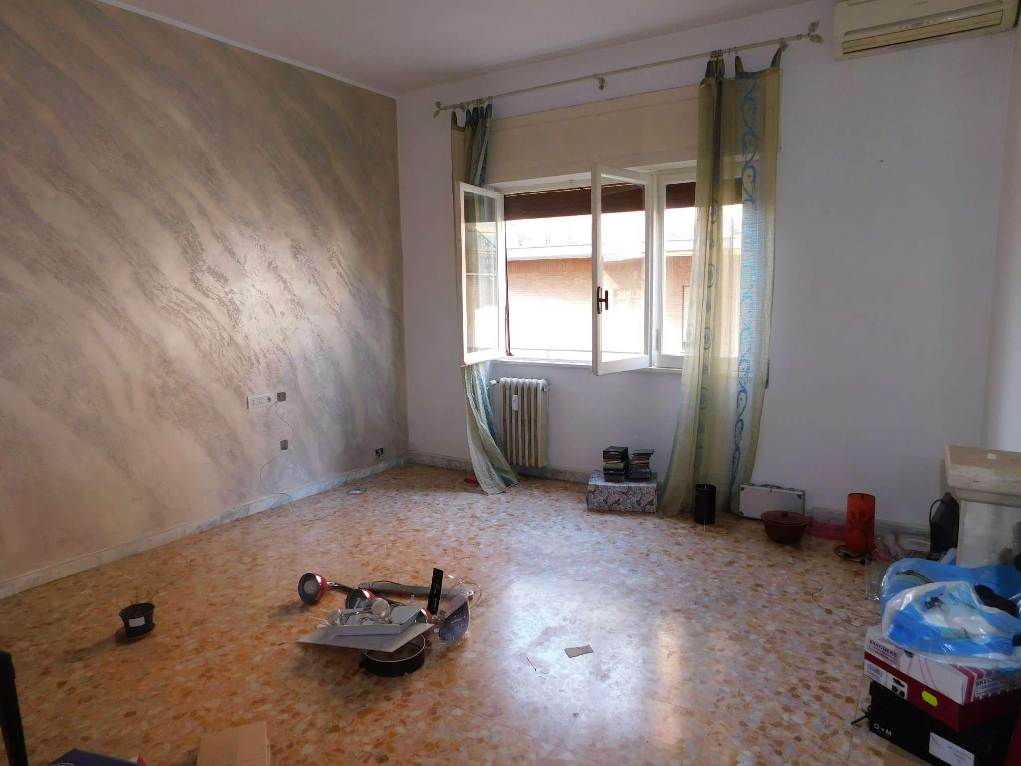 Appartamento in vendita a Roma, 2 locali, zona Zona: 11 . Centocelle, Alessandrino, Collatino, Prenestina, Villa Giordani, prezzo € 149.000   CambioCasa.it