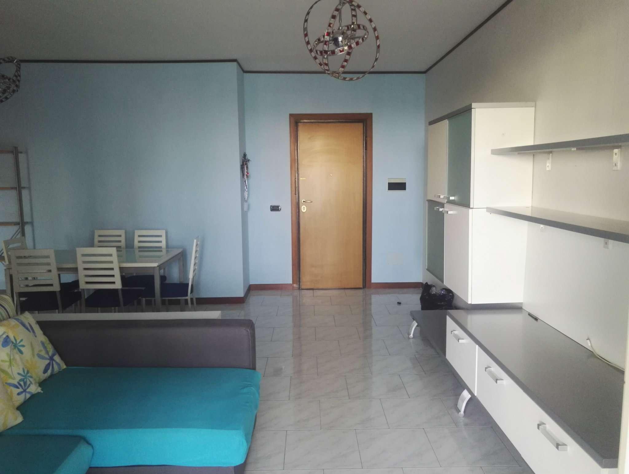 Appartamento in affitto a Roma, 2 locali, zona Zona: 18 . Ardeatino - Grotta Perfetta - Fonte Meravigliosa, prezzo € 850   CambioCasa.it