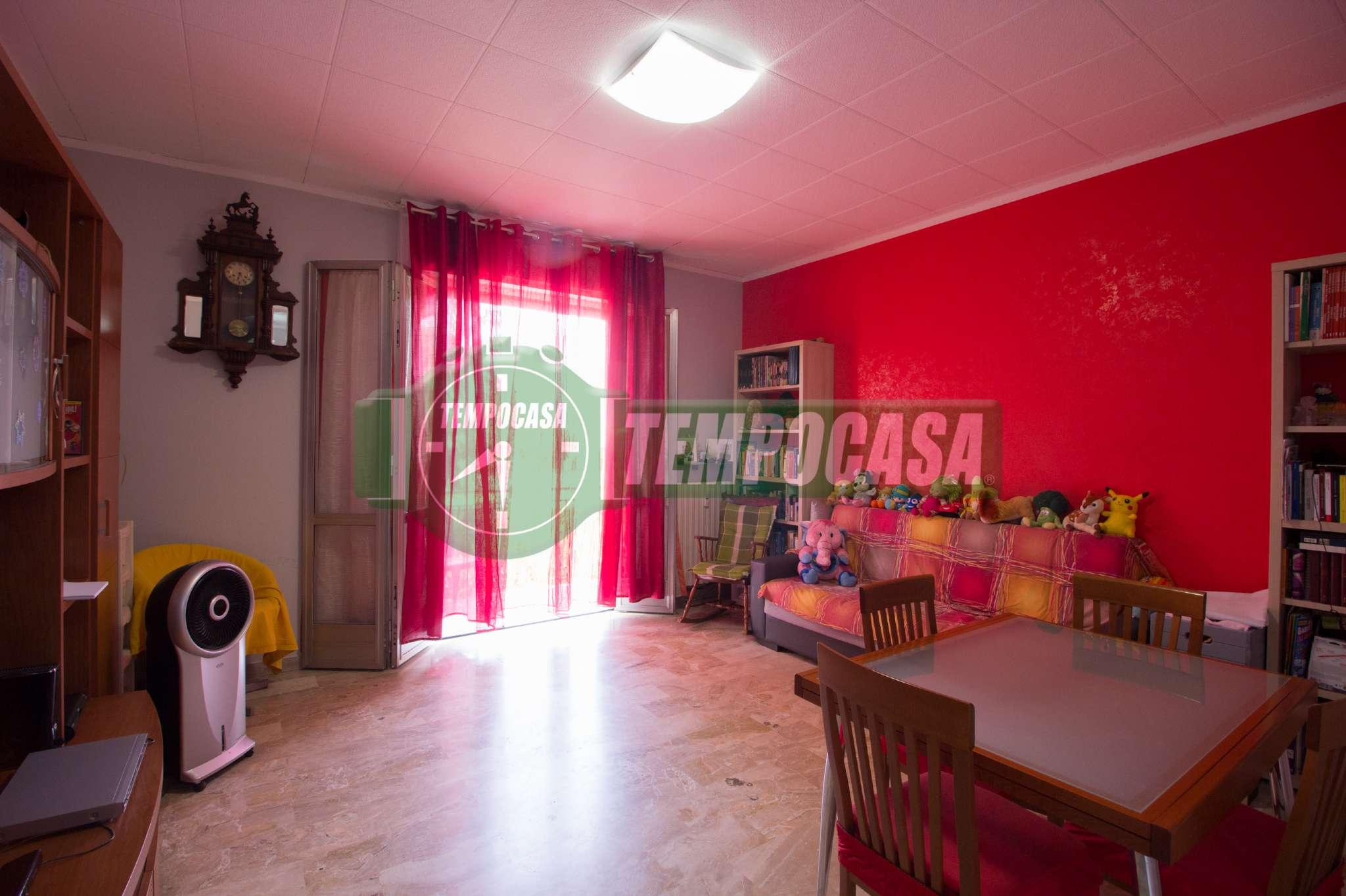 Appartamento in buone condizioni in vendita Rif. 7175586