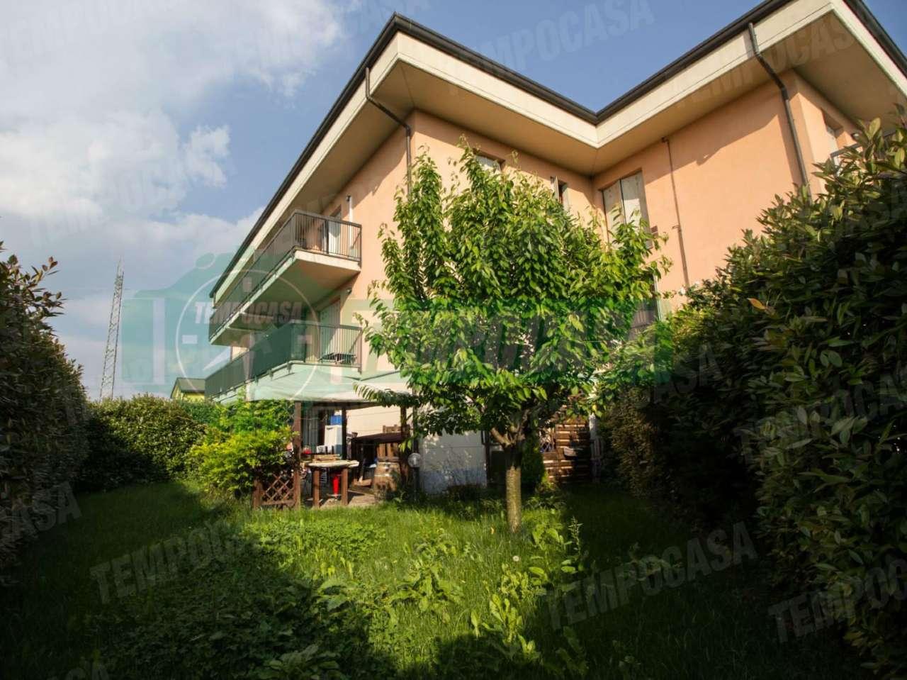 Appartamento in ottime condizioni arredato in vendita Rif. 7933725