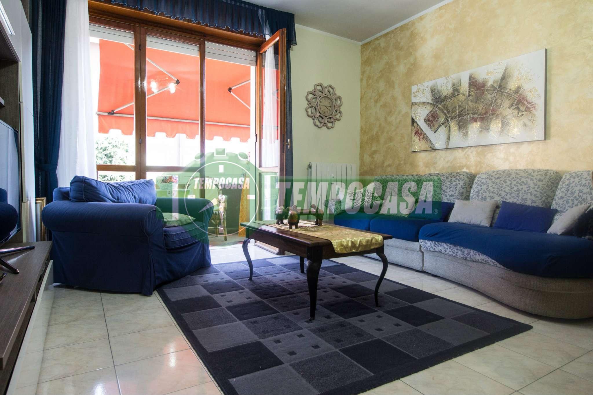 Appartamento ristrutturato parzialmente arredato in vendita Rif. 7933726