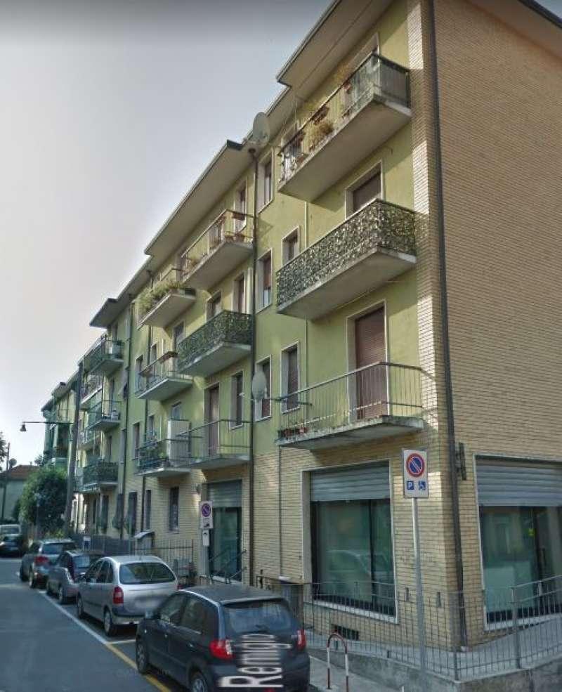 Appartamento in buone condizioni parzialmente arredato in vendita Rif. 7085971