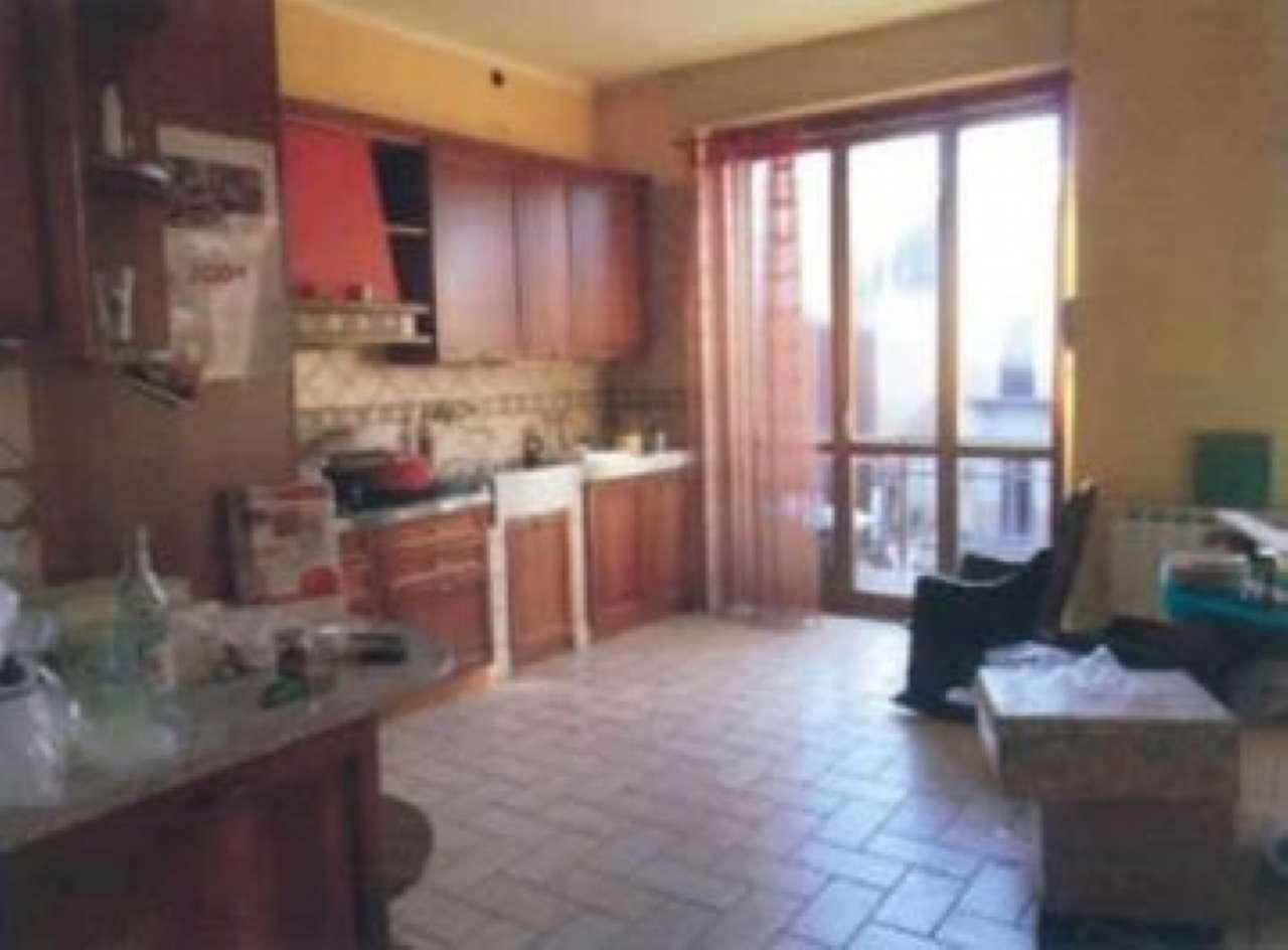 Appartamento da ristrutturare parzialmente arredato in vendita Rif. 7217557