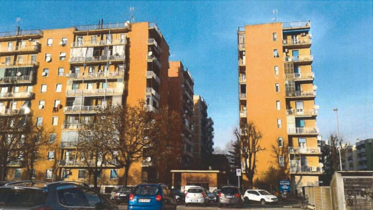 Appartamento in buone condizioni parzialmente arredato in vendita Rif. 7969662