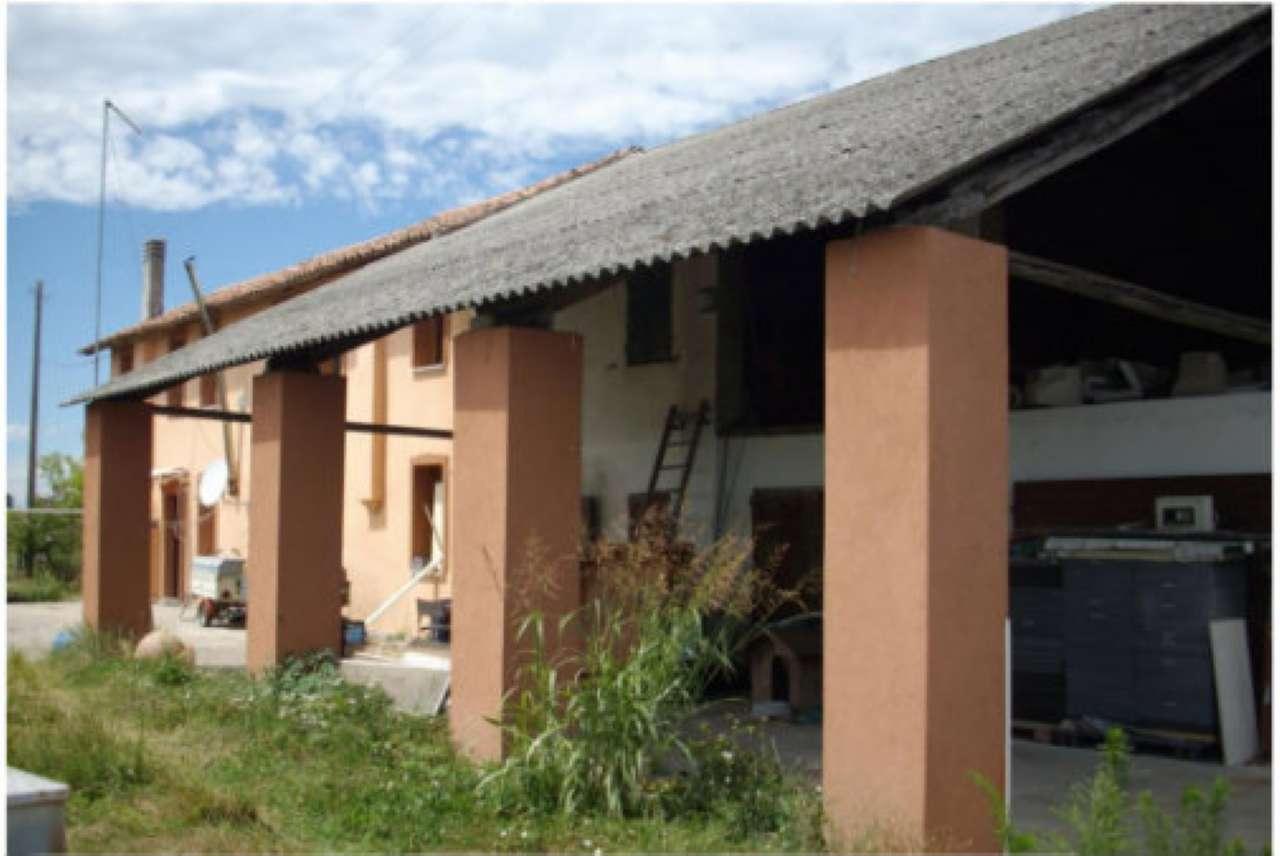 Casa Indipendente da ristrutturare arredato in vendita Rif. 8328591