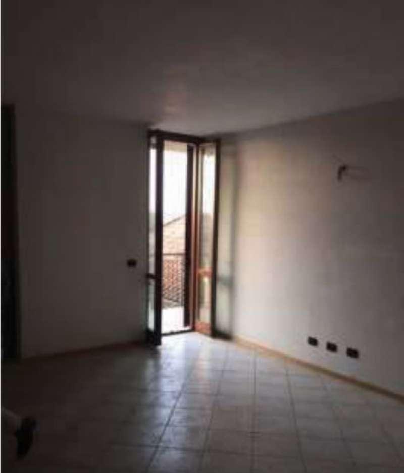 Appartamento in buone condizioni parzialmente arredato in vendita Rif. 8358089