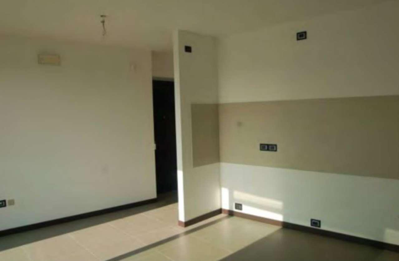 Appartamento in ottime condizioni in vendita Rif. 9180376