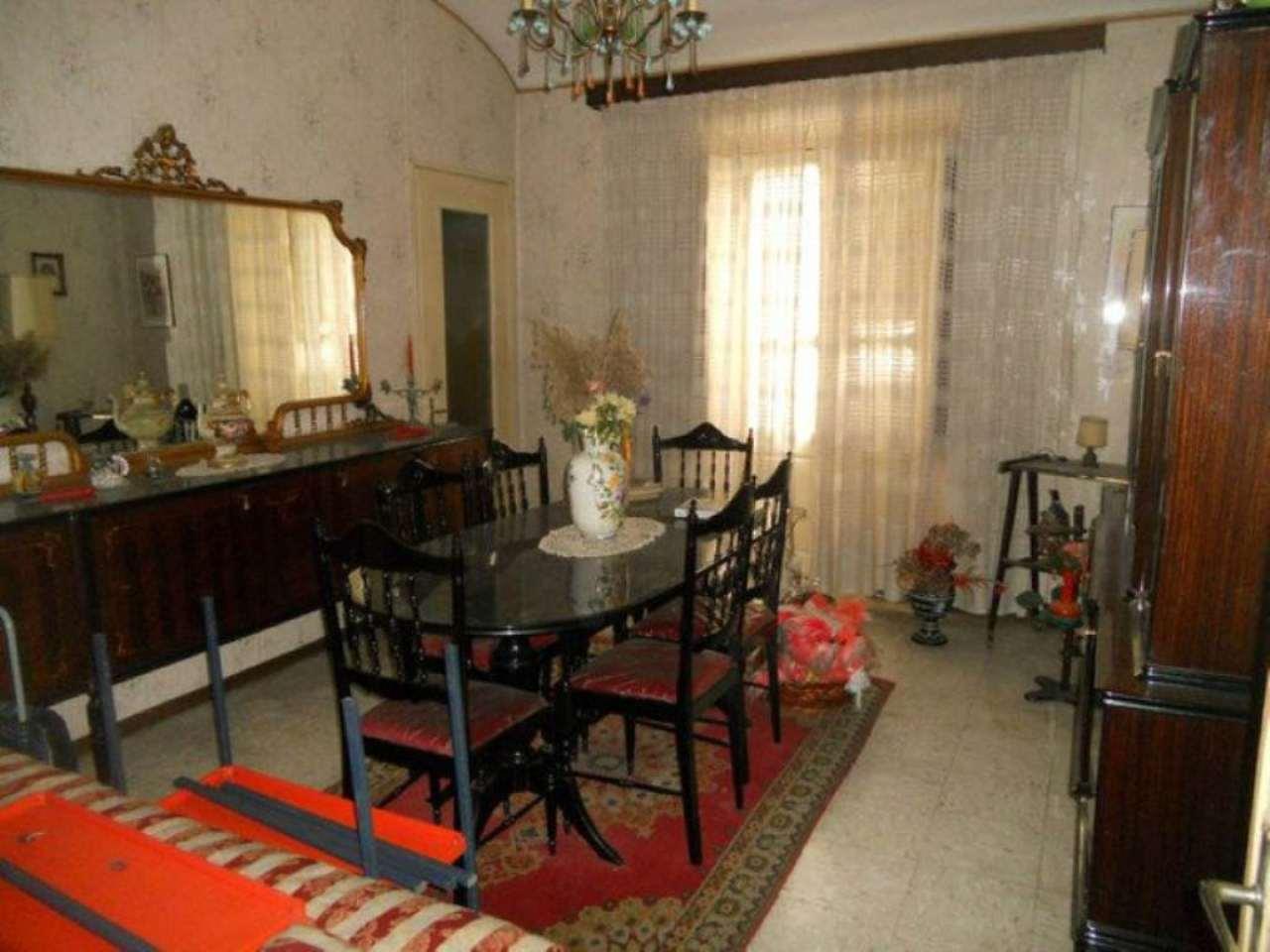 Appartamento da ristrutturare in vendita Rif. 5181163