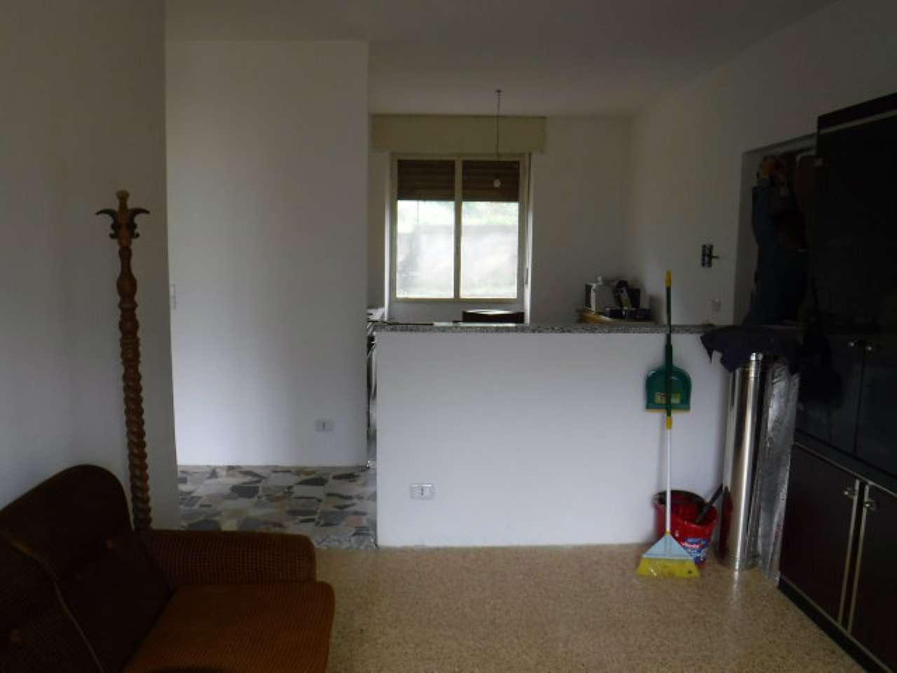 Appartamento in vendita a Meana di Susa, 8 locali, prezzo € 43.000 | CambioCasa.it